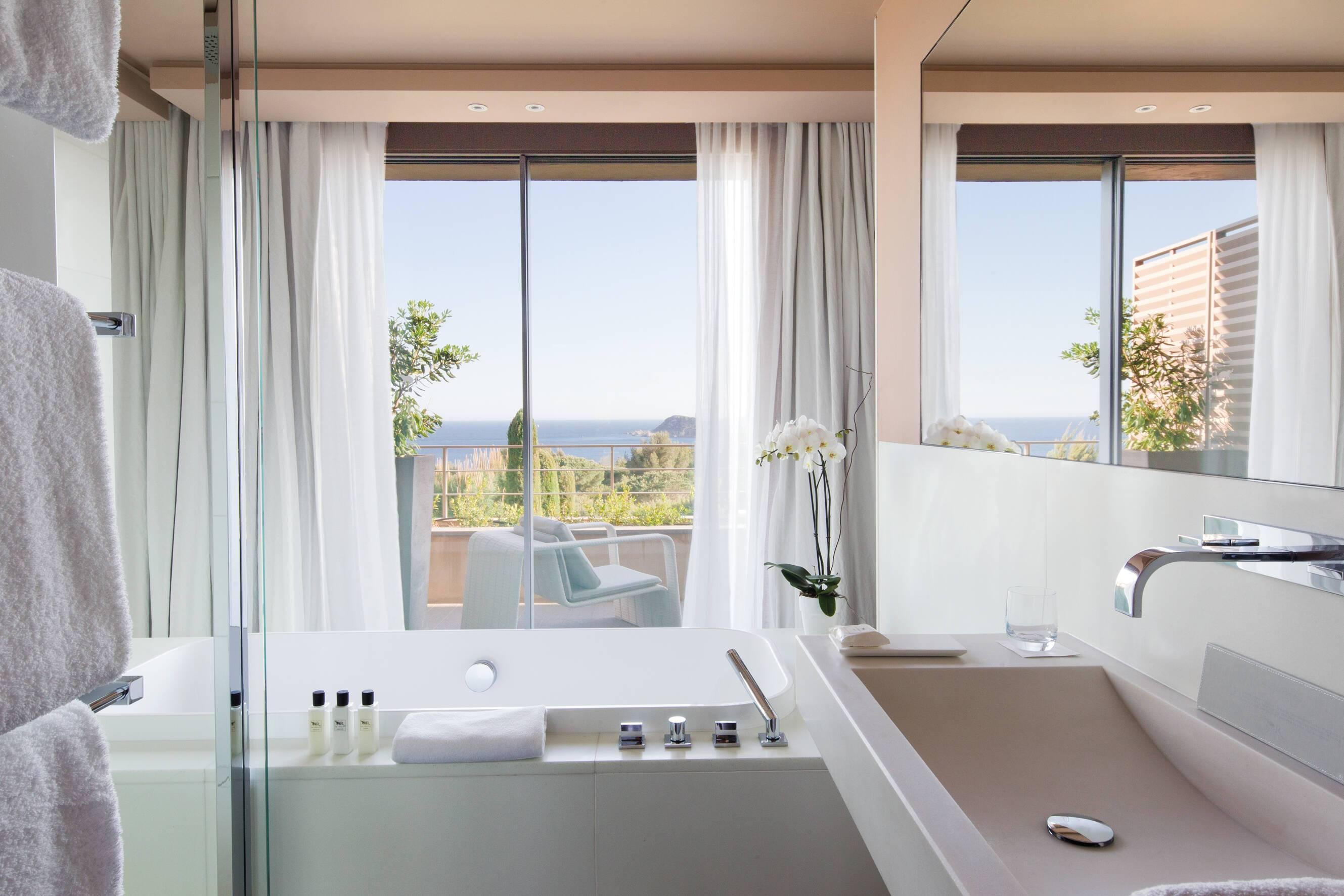 La Reserve Ramatuelle Chambre Deluxe Chambre Cote D Azur
