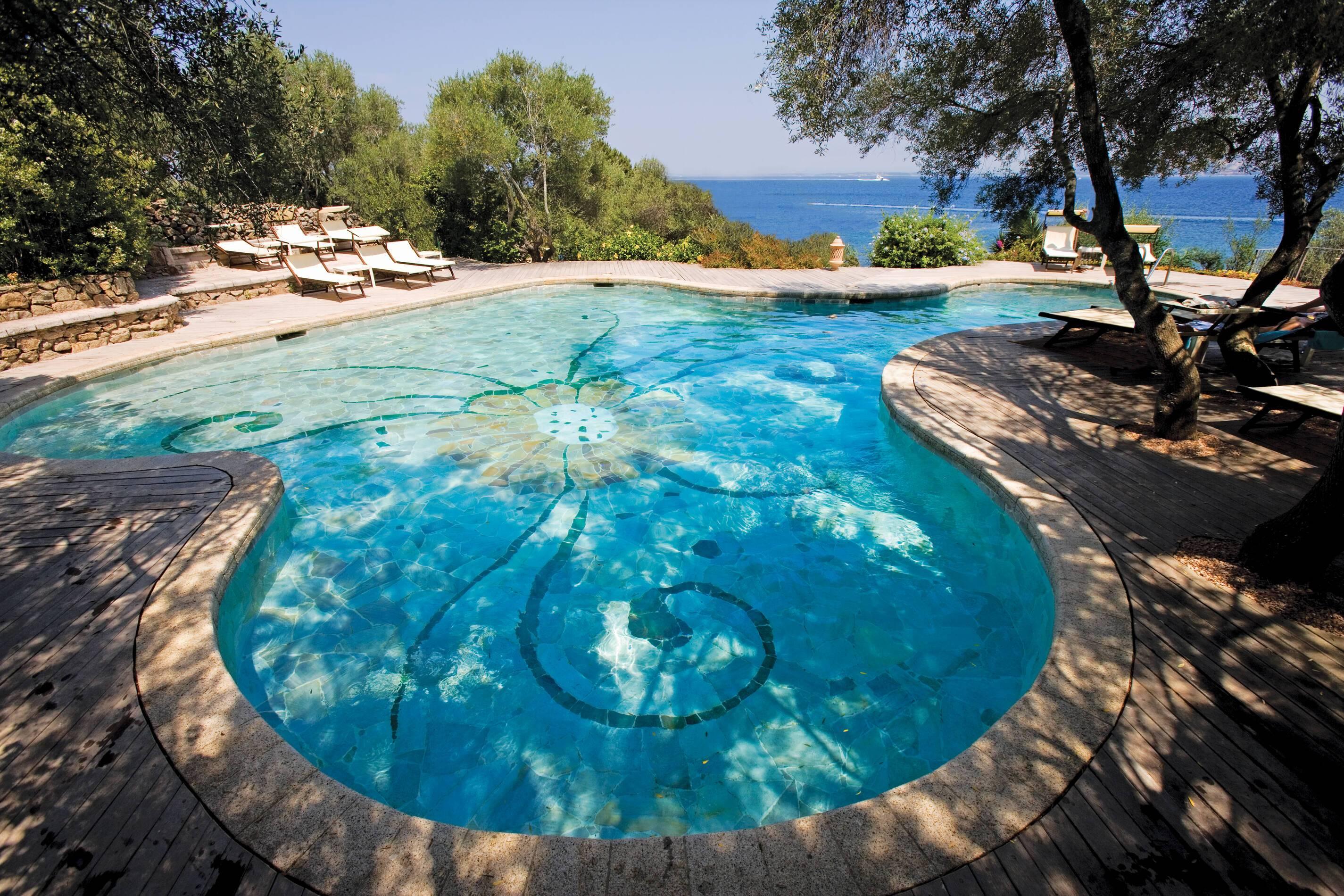 Capo d Orso Sardaigne piscine