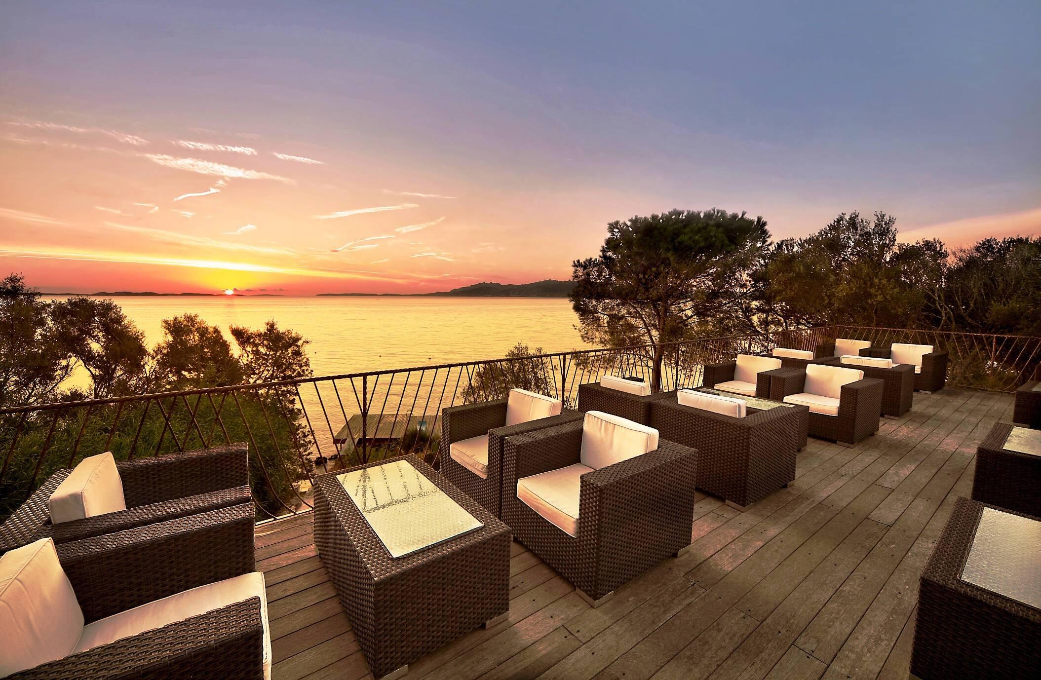 Capo d Orso Sardaigne terrasse vue mer
