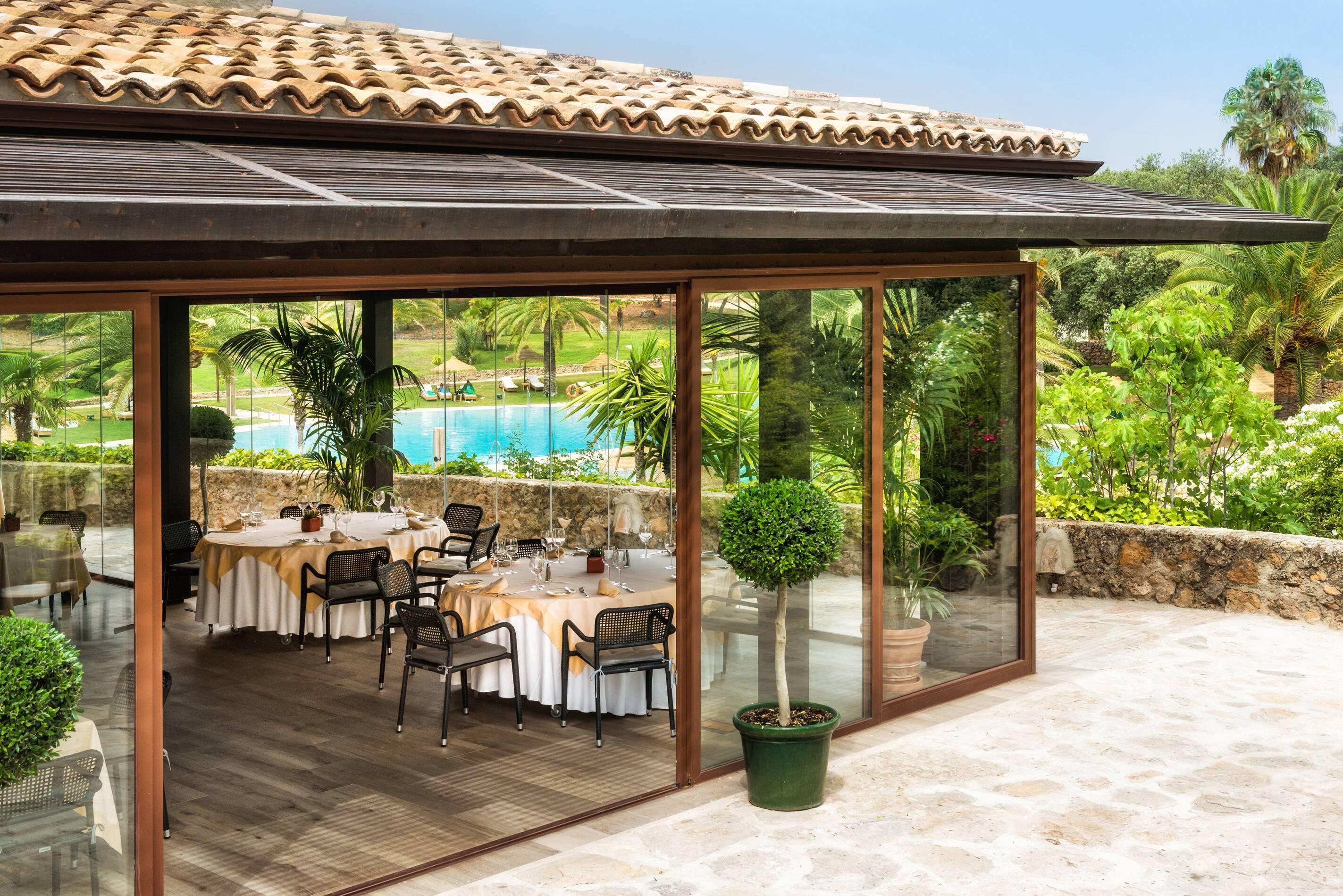 Barcelo la Bobadilla Andalousie restaurant vue piscine