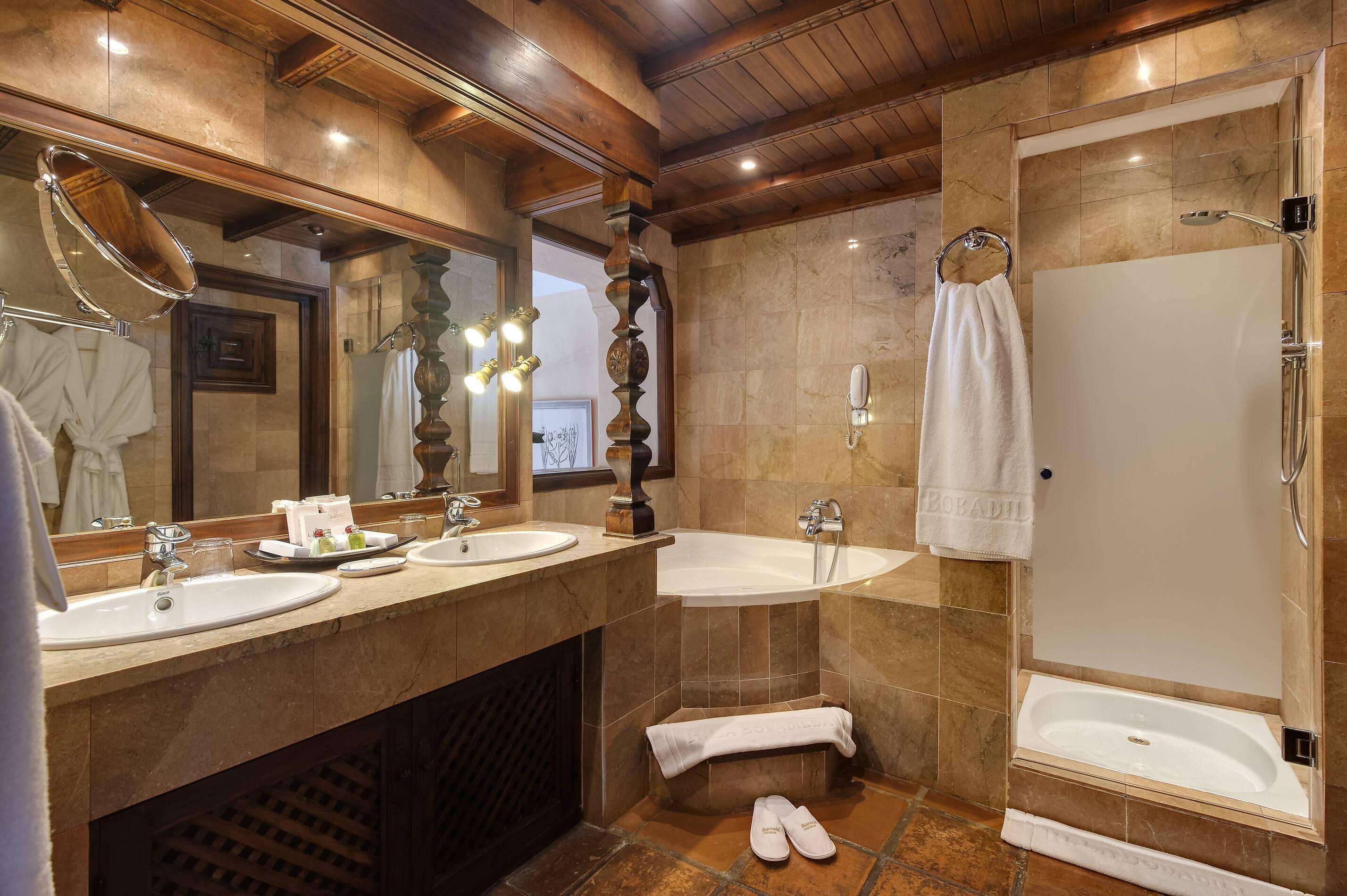 Barcelo la Bobadilla Andalousie suite superior deluxe salle de bain