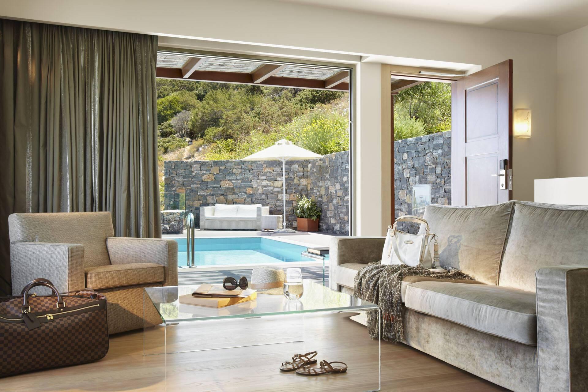 Daios Cove Villa Living Crete