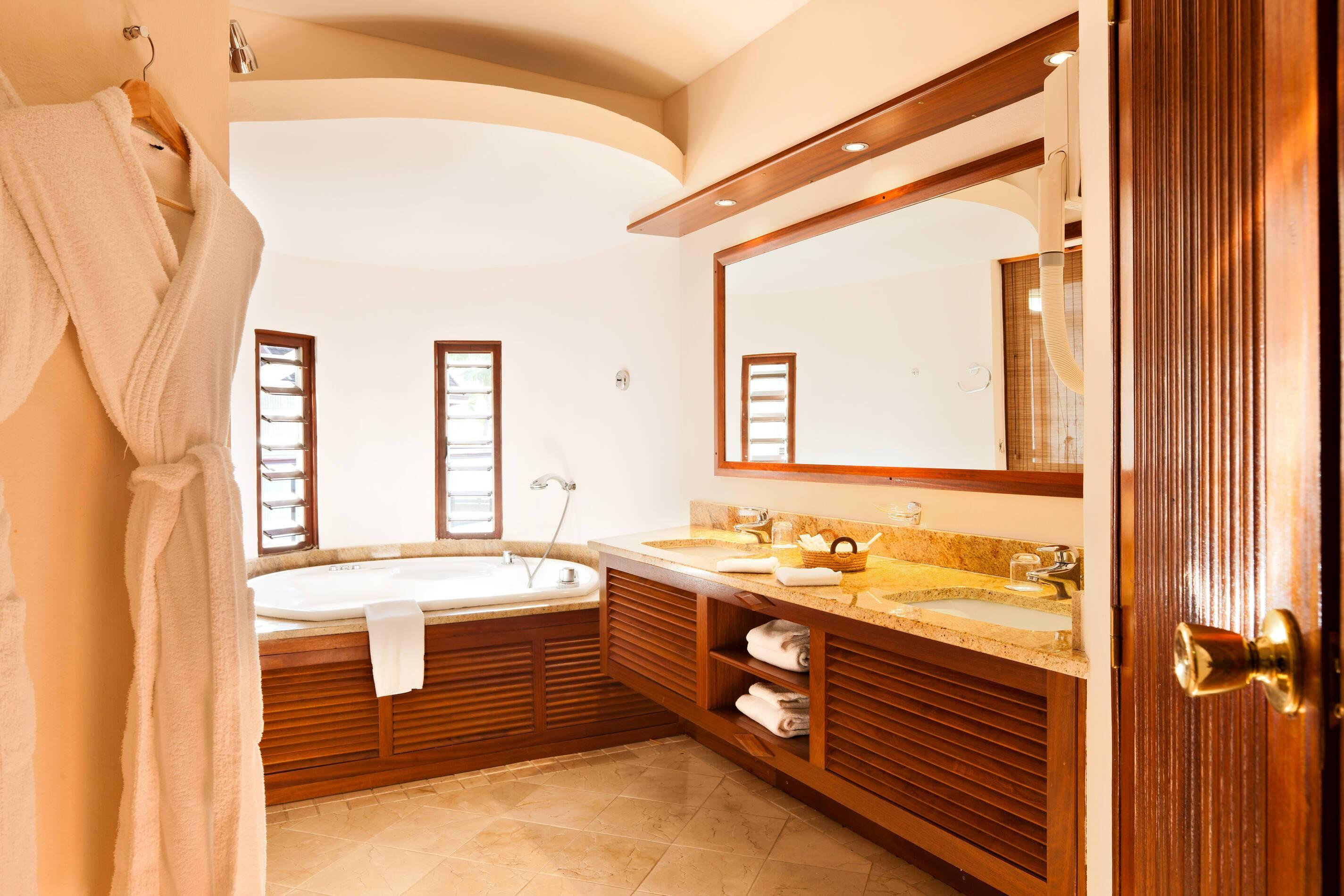 Saint Alexis La Reunion salle bains