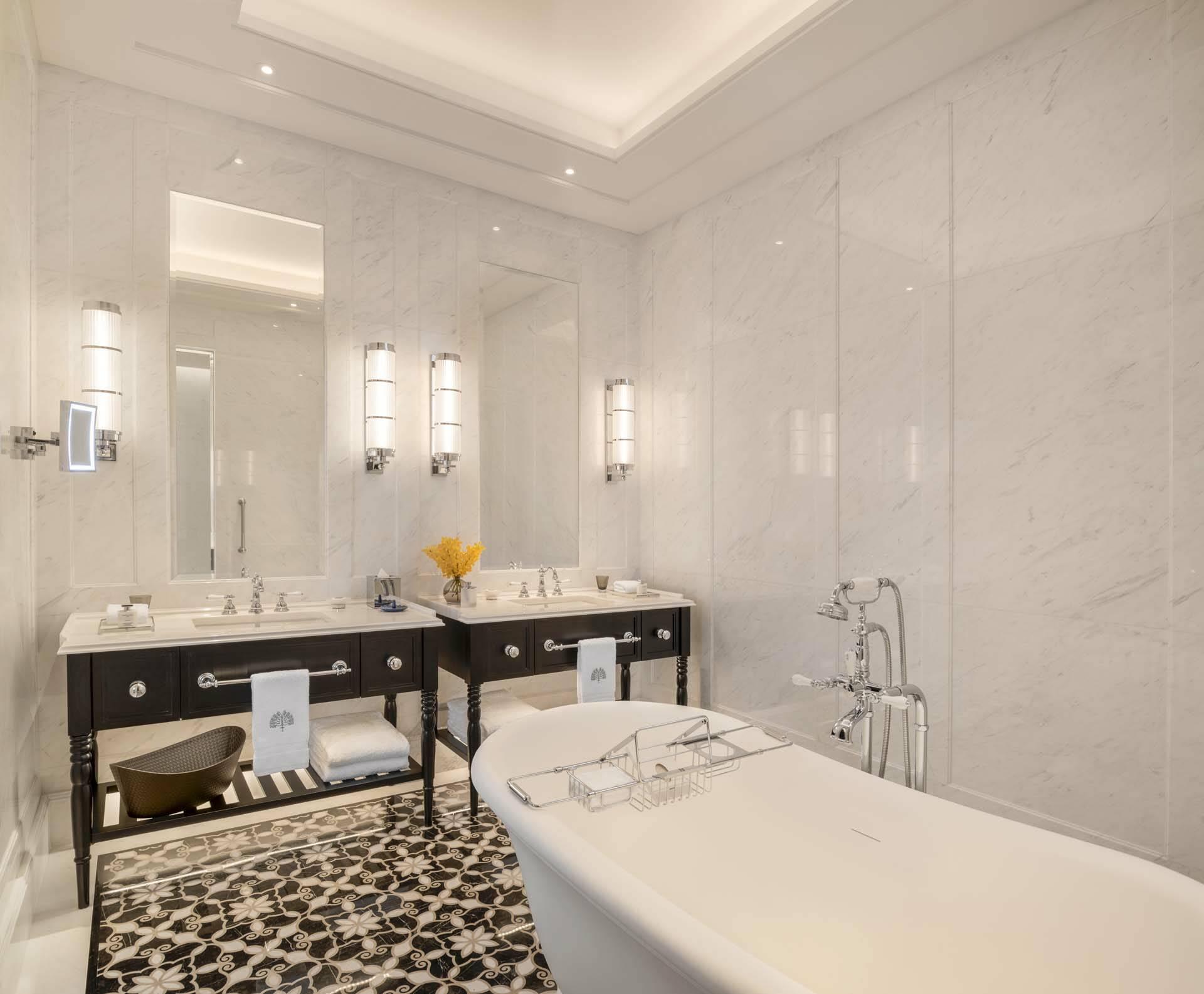 Raffles Singapour Courtyard Suite Bathroom