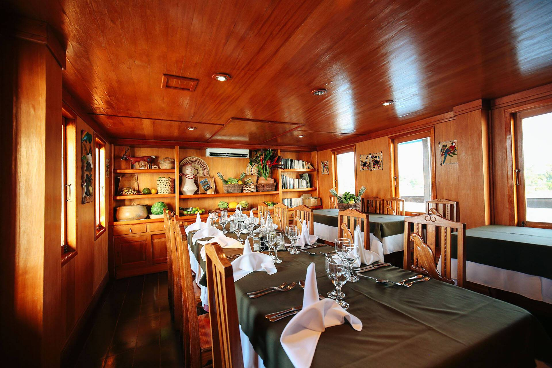 Amanzon Dream Bateau Bresil Restaurant