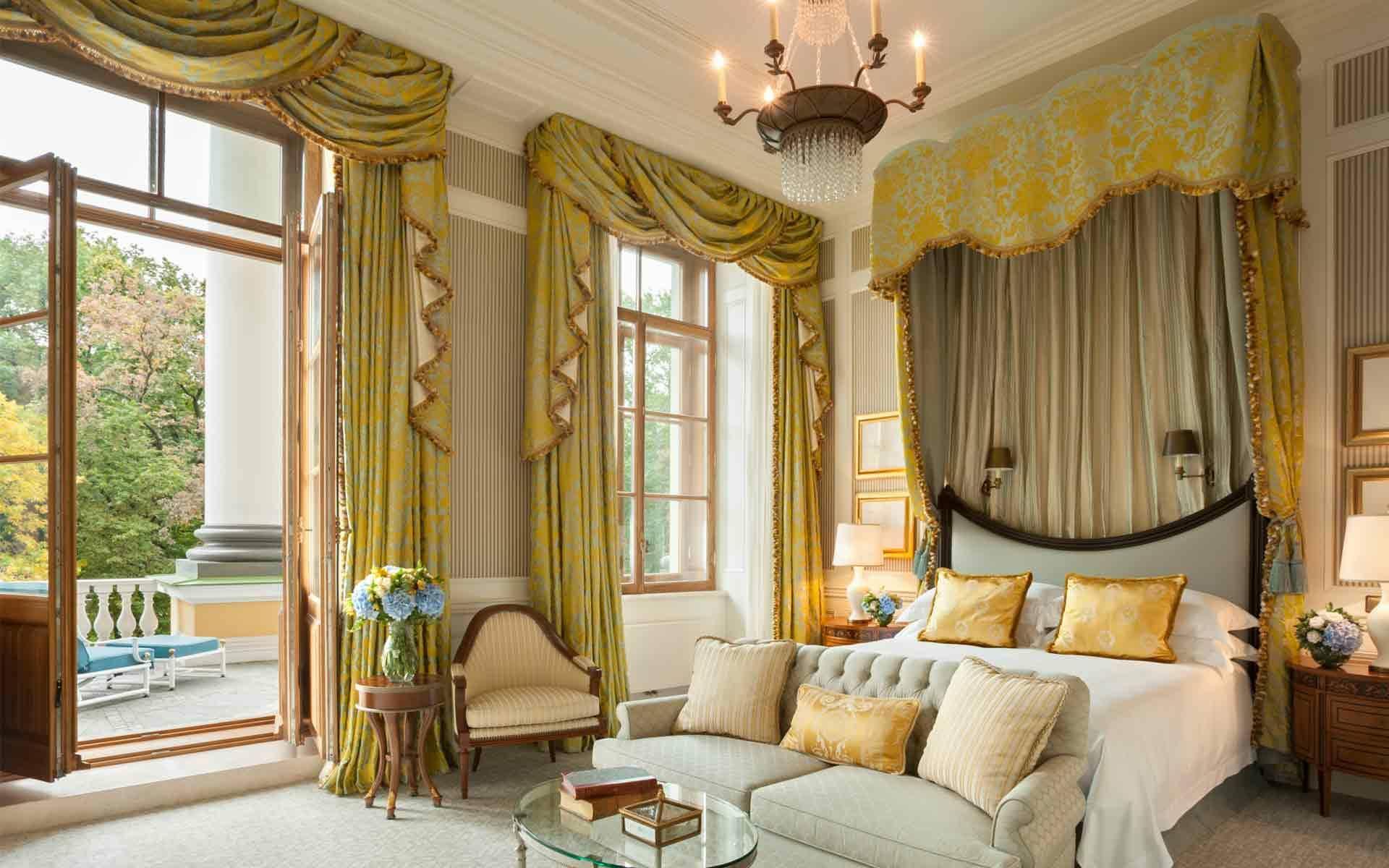 Four Seasons Saint Petersbourg Chambre