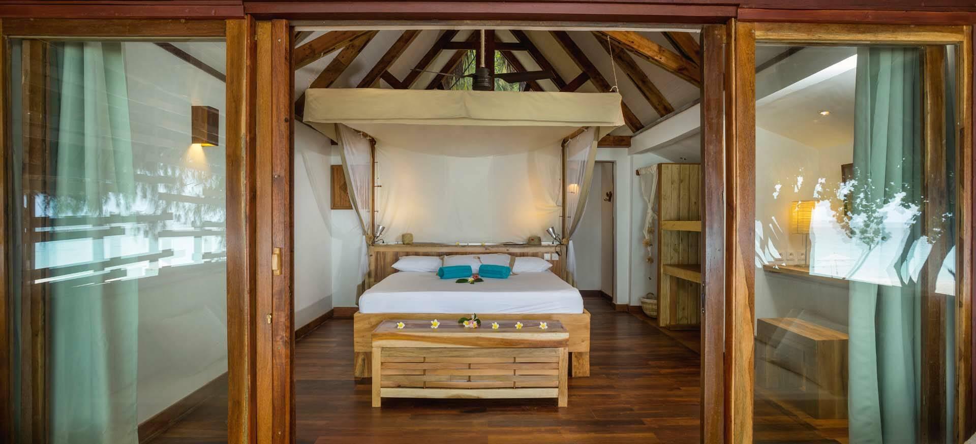 Tsarabanjina madagascar Constance Beach Villa Chambre
