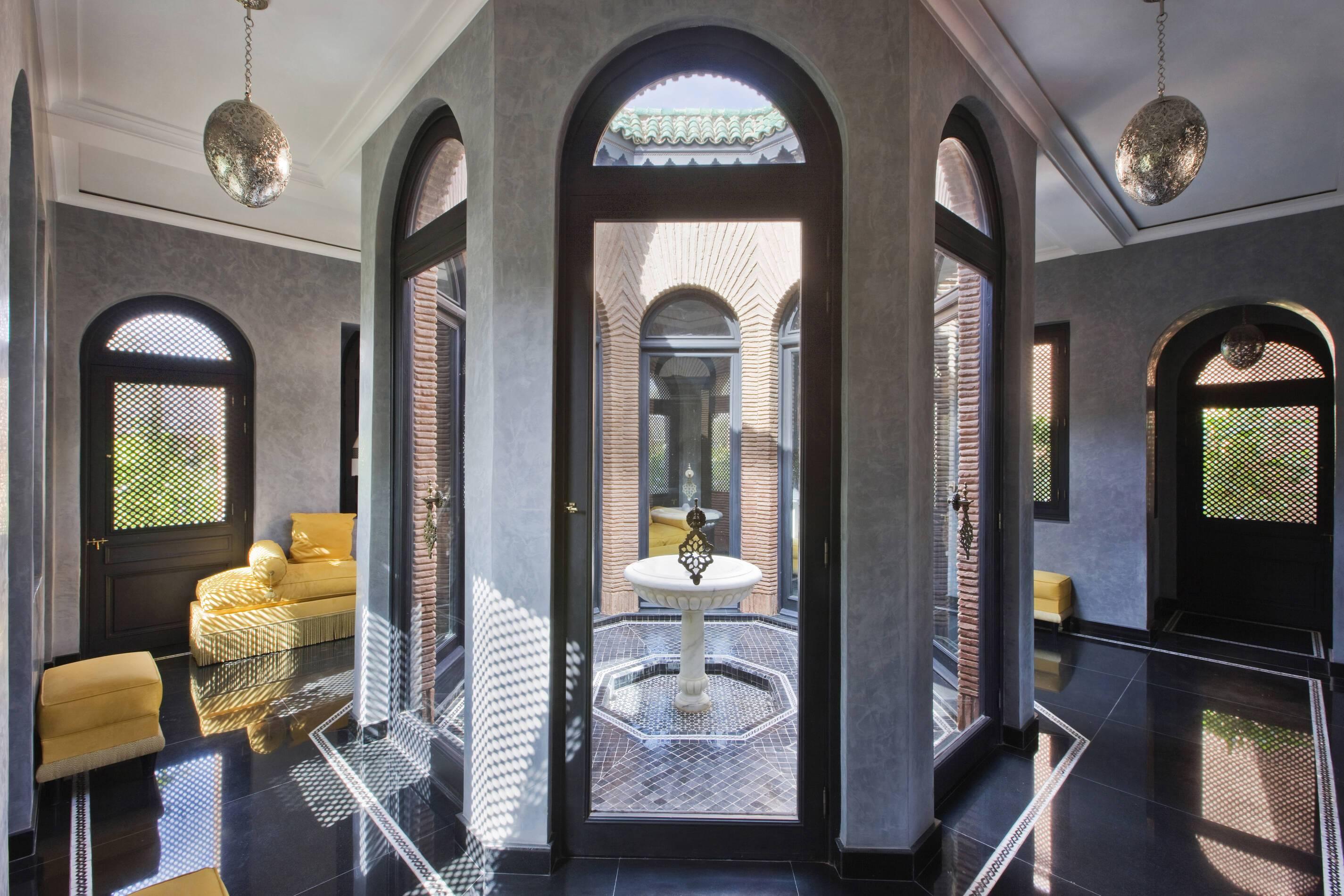 Selman Entree Villa Patio Marrakech Maroc