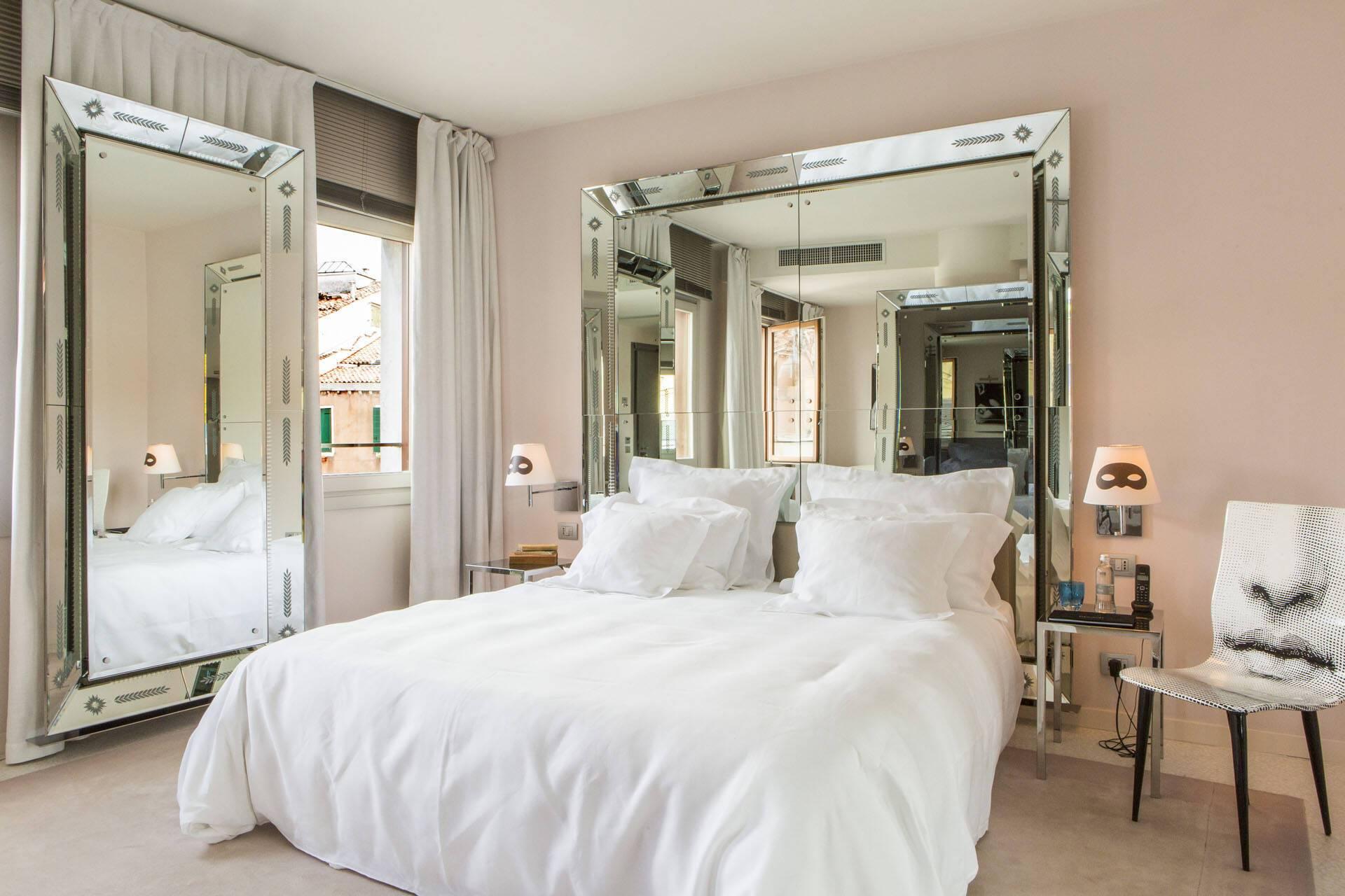 Palazzina Grassi Venise Deluxe Room