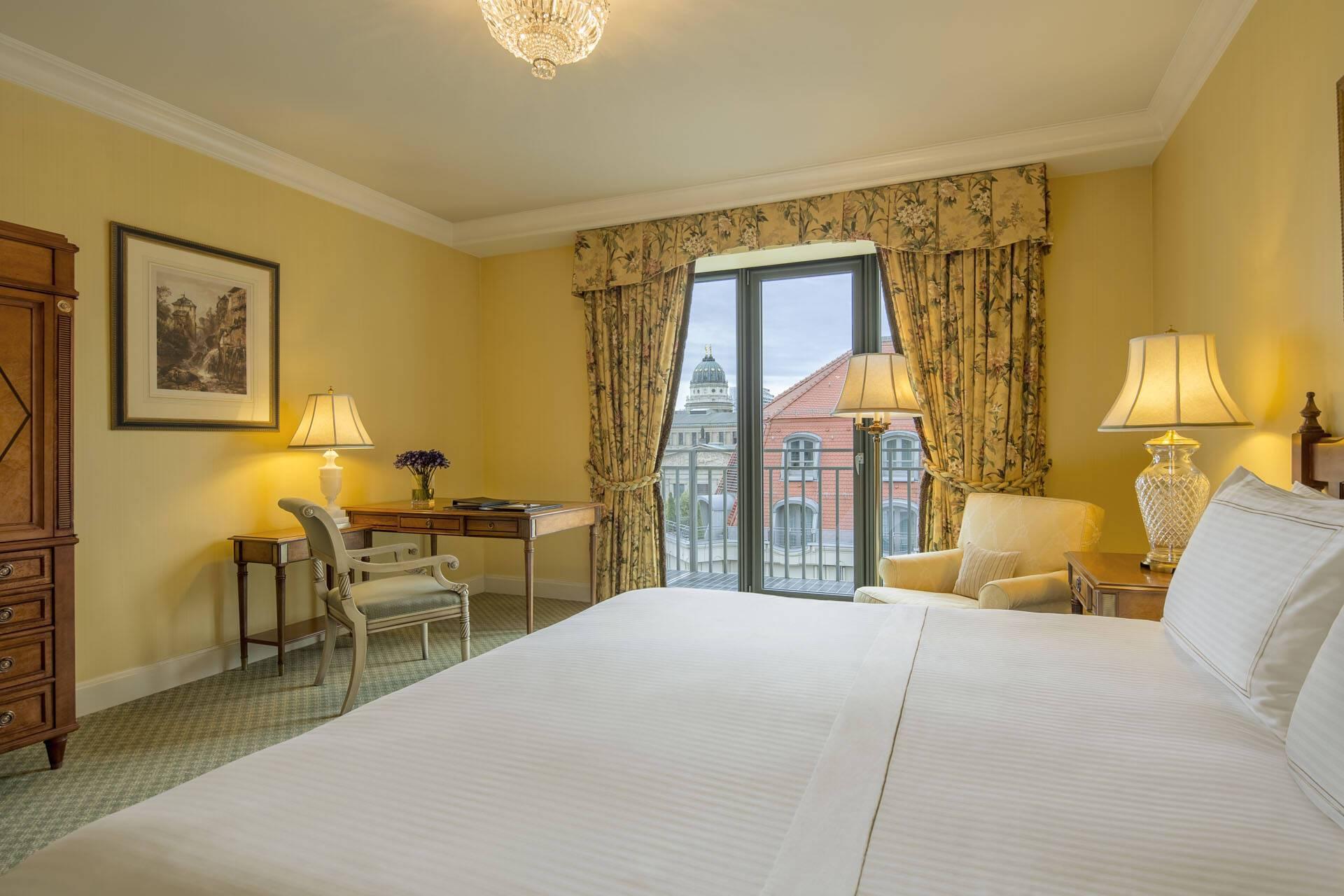 Regent Berlin Classic Premium Room