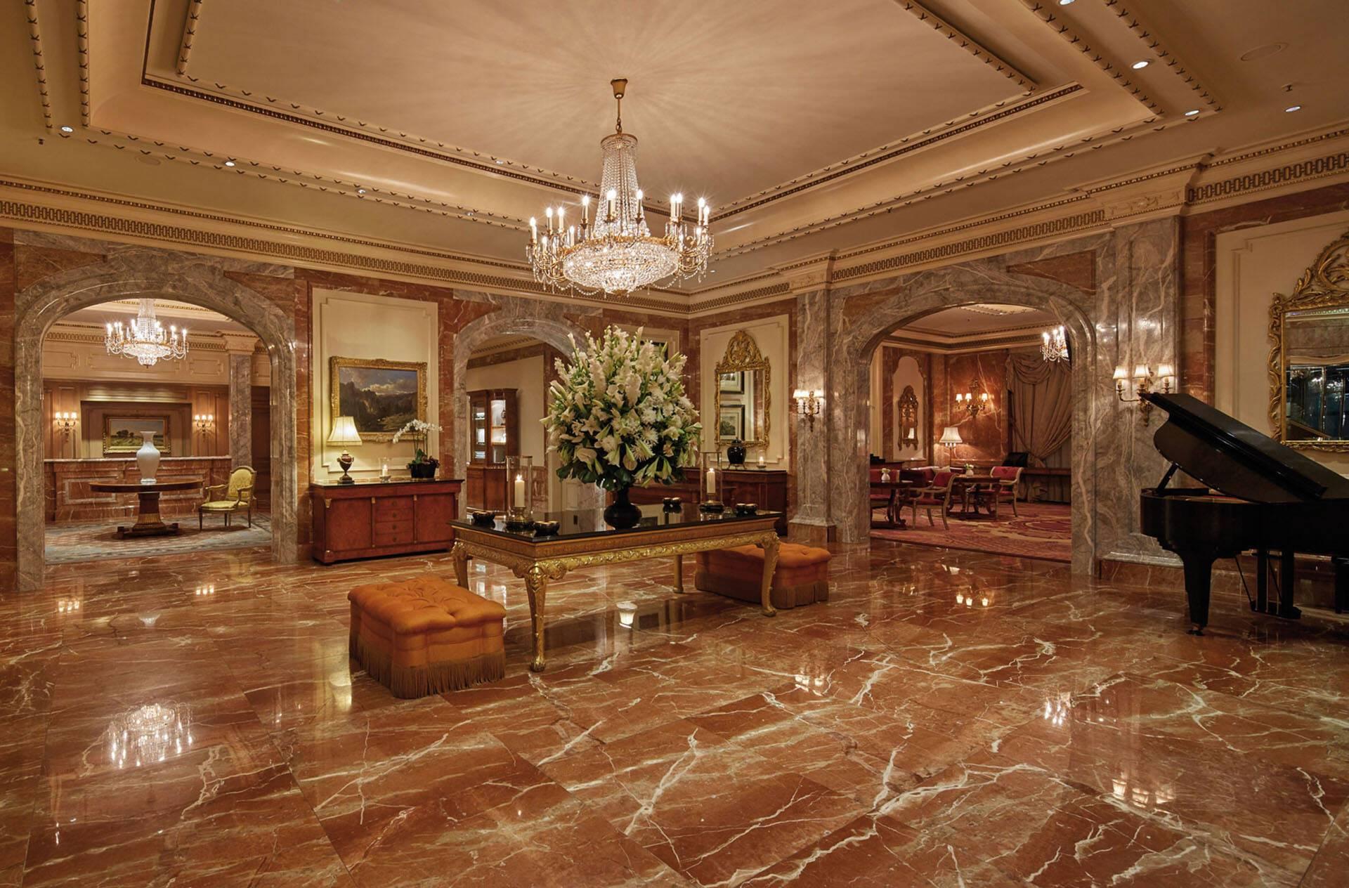 Regent Berlin Lobby