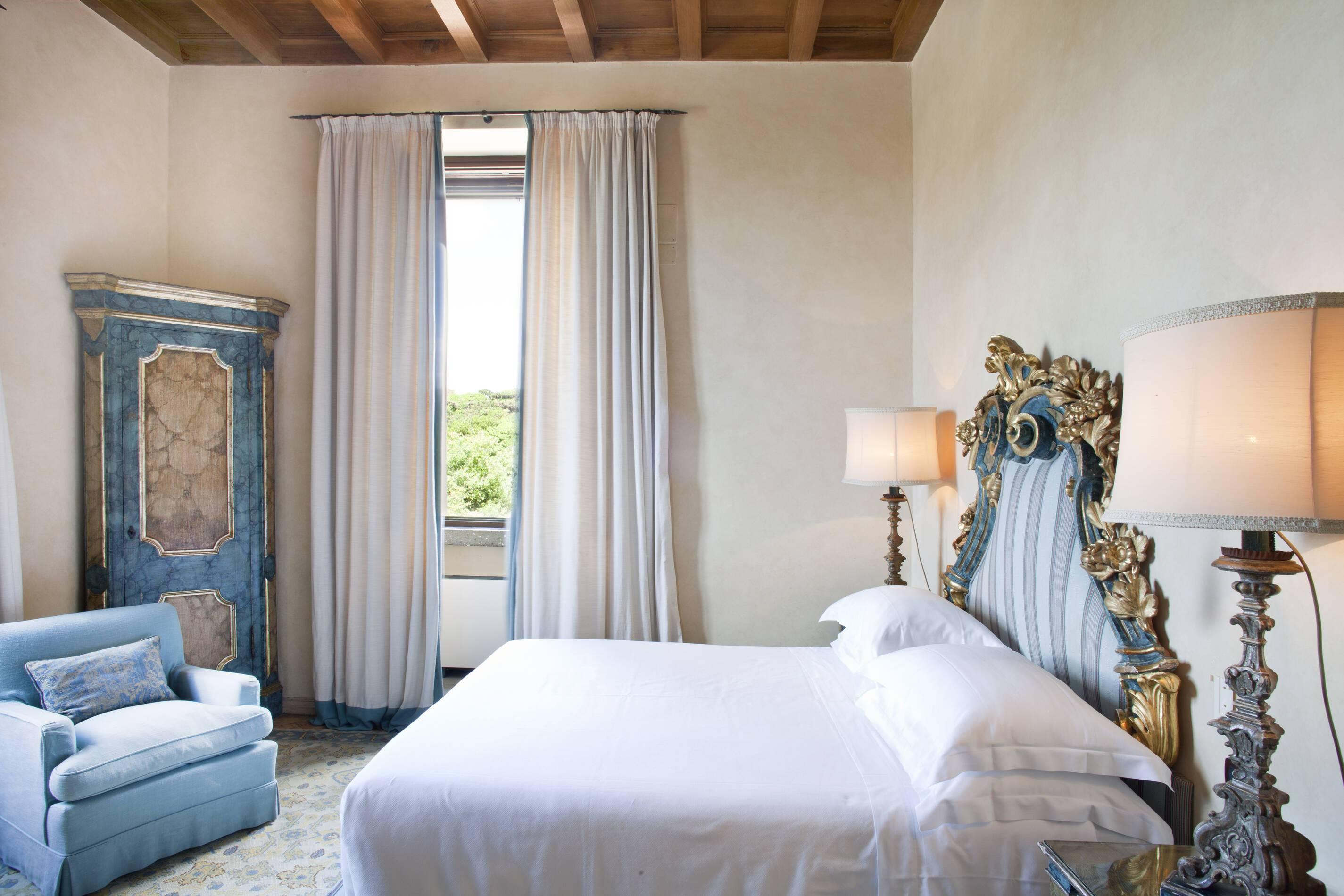 La Posta Vecchia Corner Superior Deluxe Room Rome