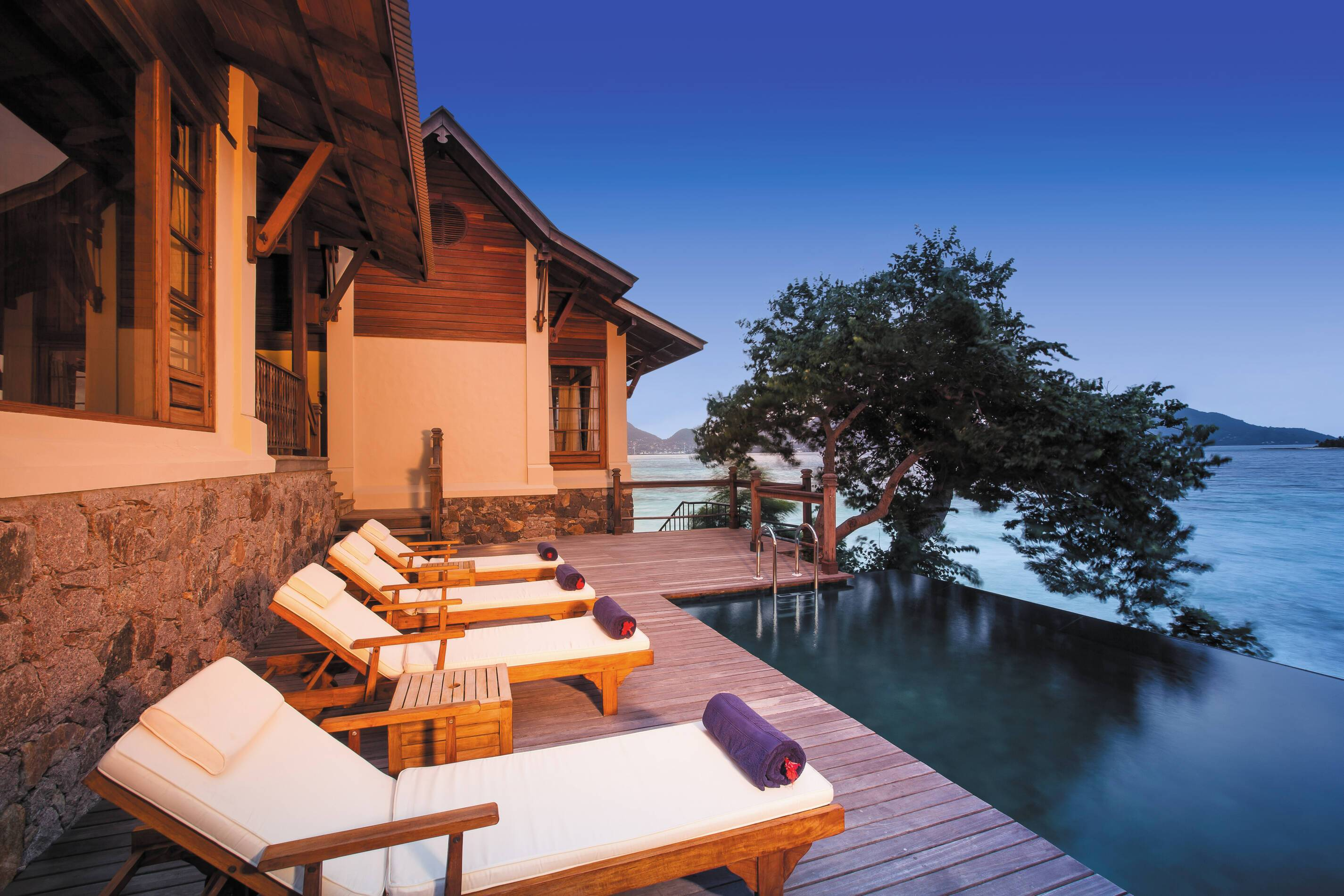 Enchanted Island Seychelles owners signature villa piscine