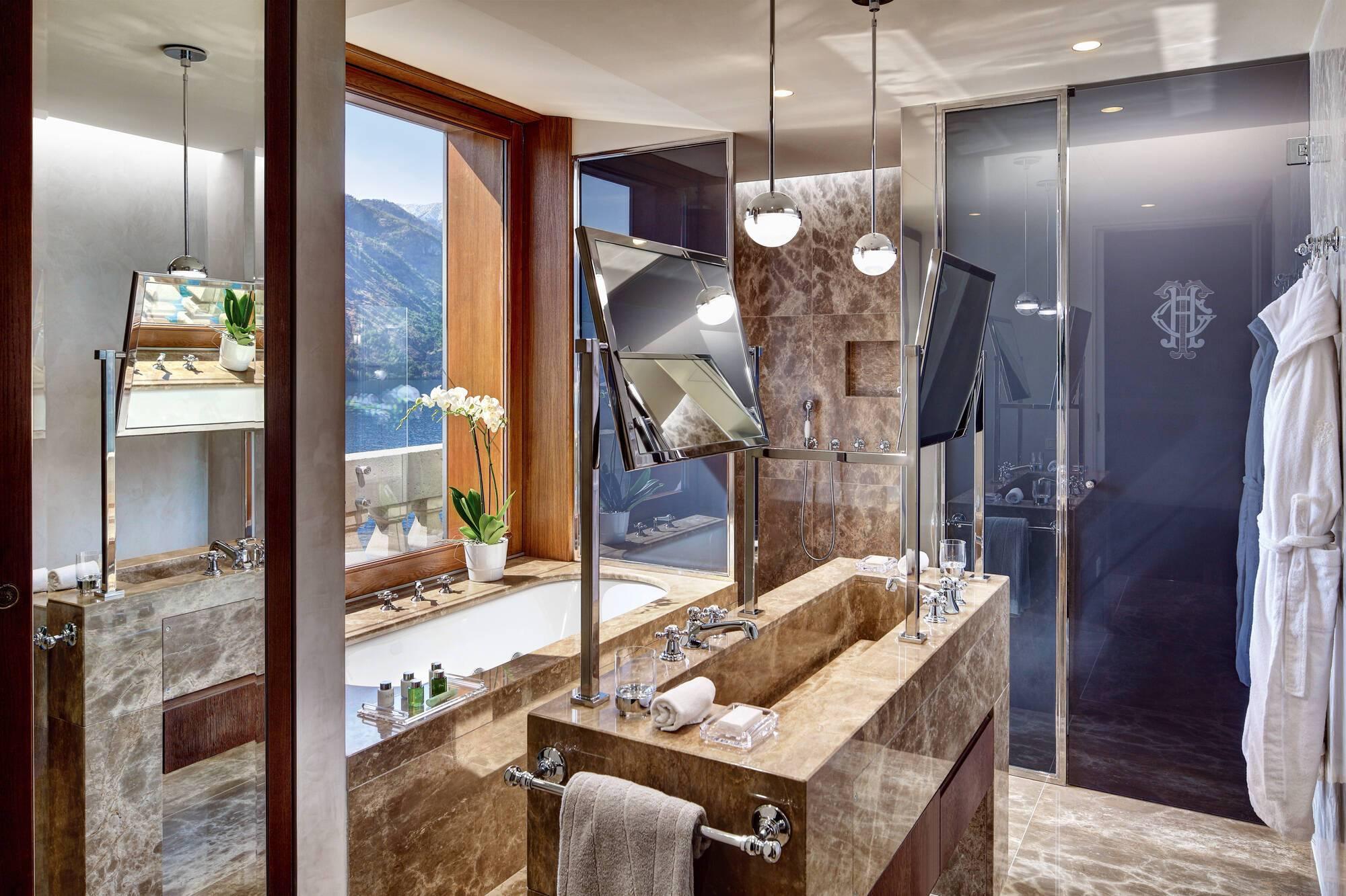 Grand Hotel Tremezzo Lac Come corner suite rooftop salle de bain Roberto Bonardi