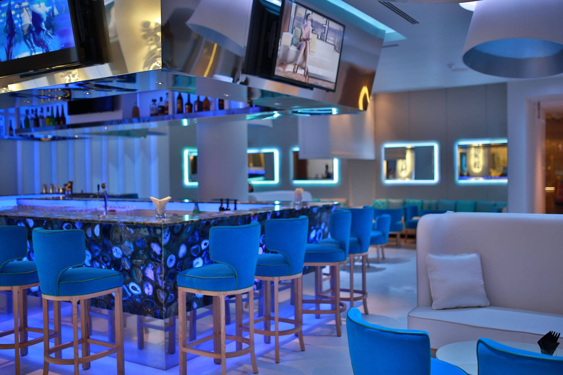 Epic Sana Algarve Portugal Bluum Bar