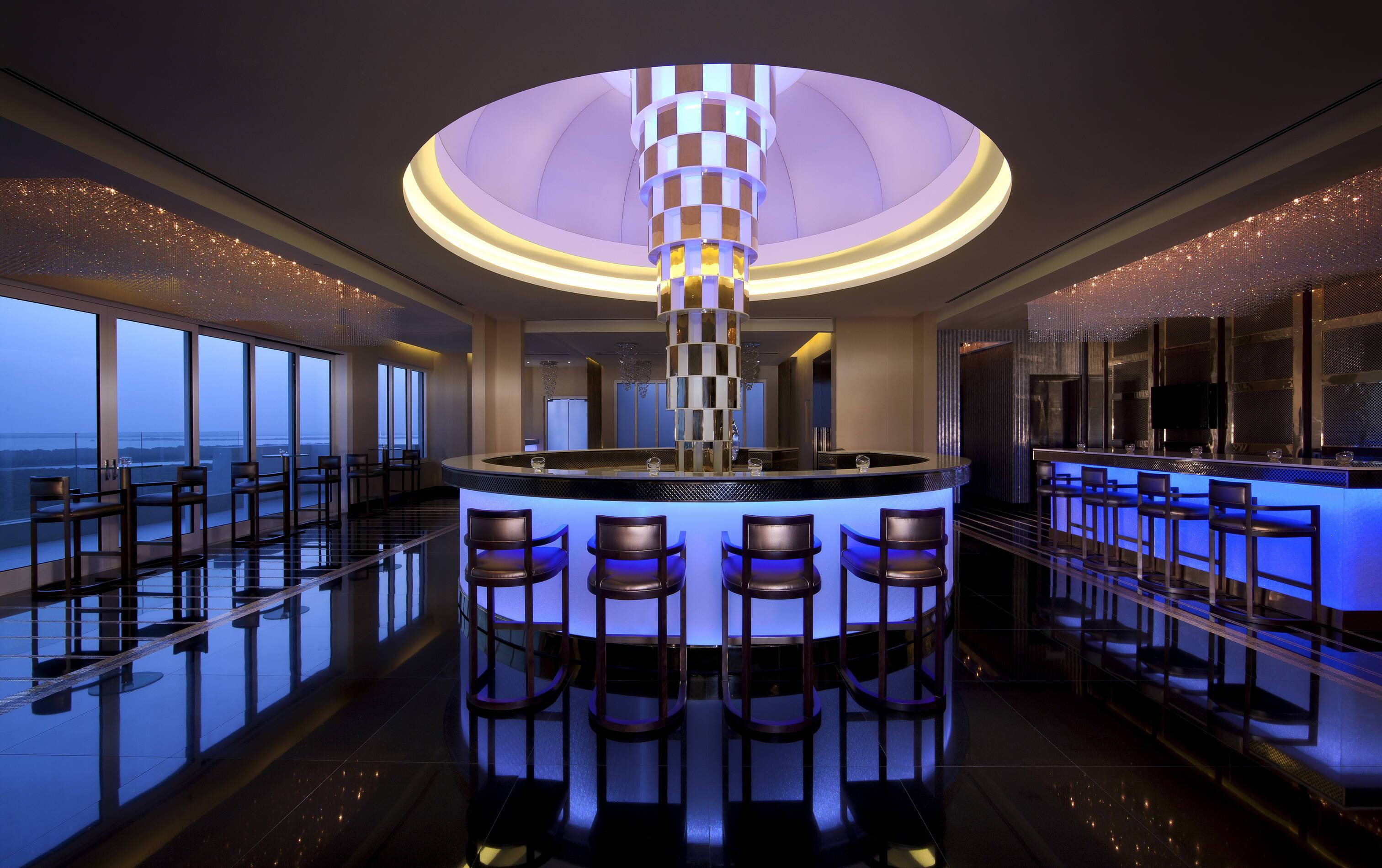 Anantara Eastern Mangroves Abu Dhabi Bar Impressions