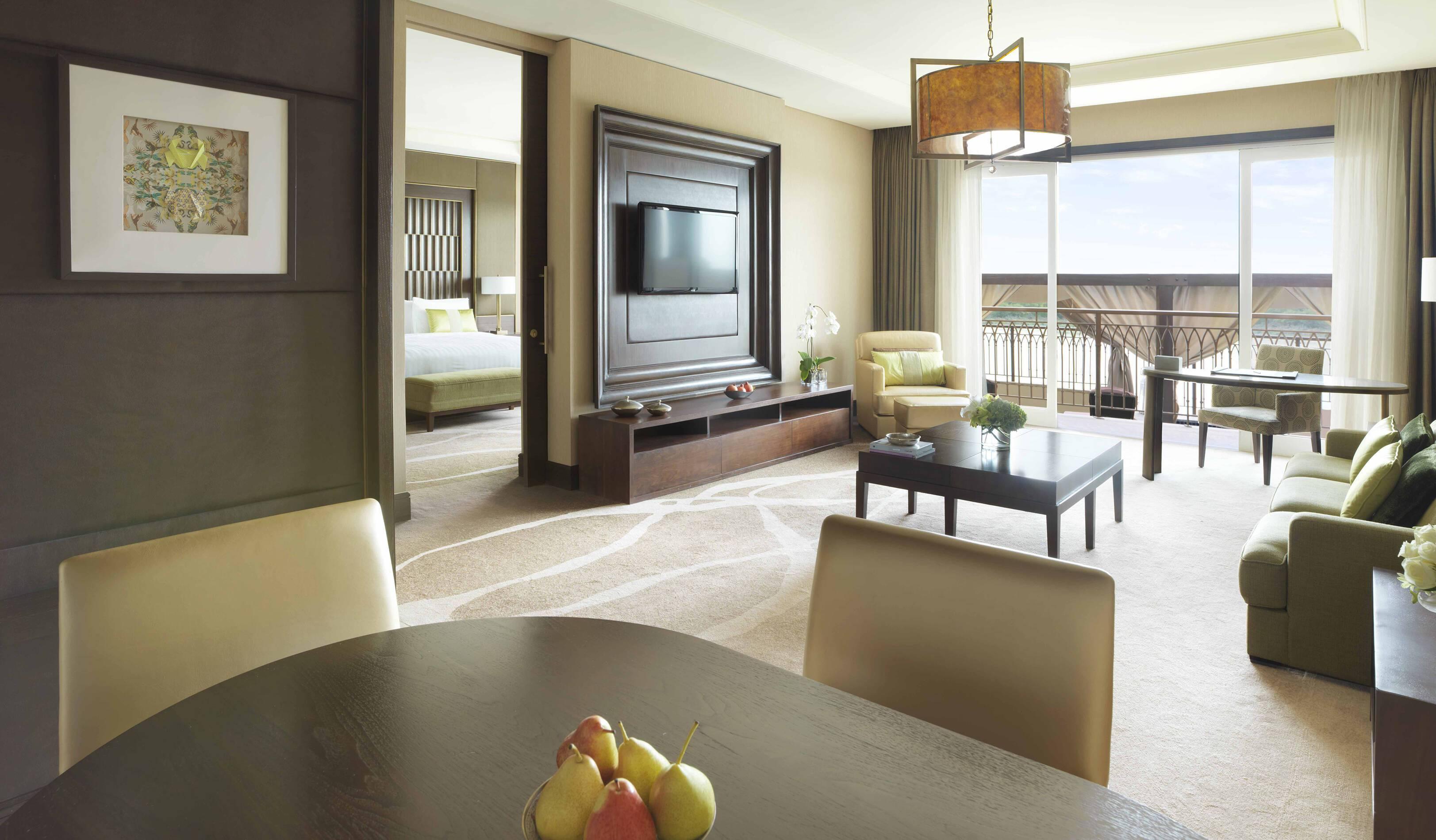 Anantara Eastern Mangroves Abu Dhabi pool suite living