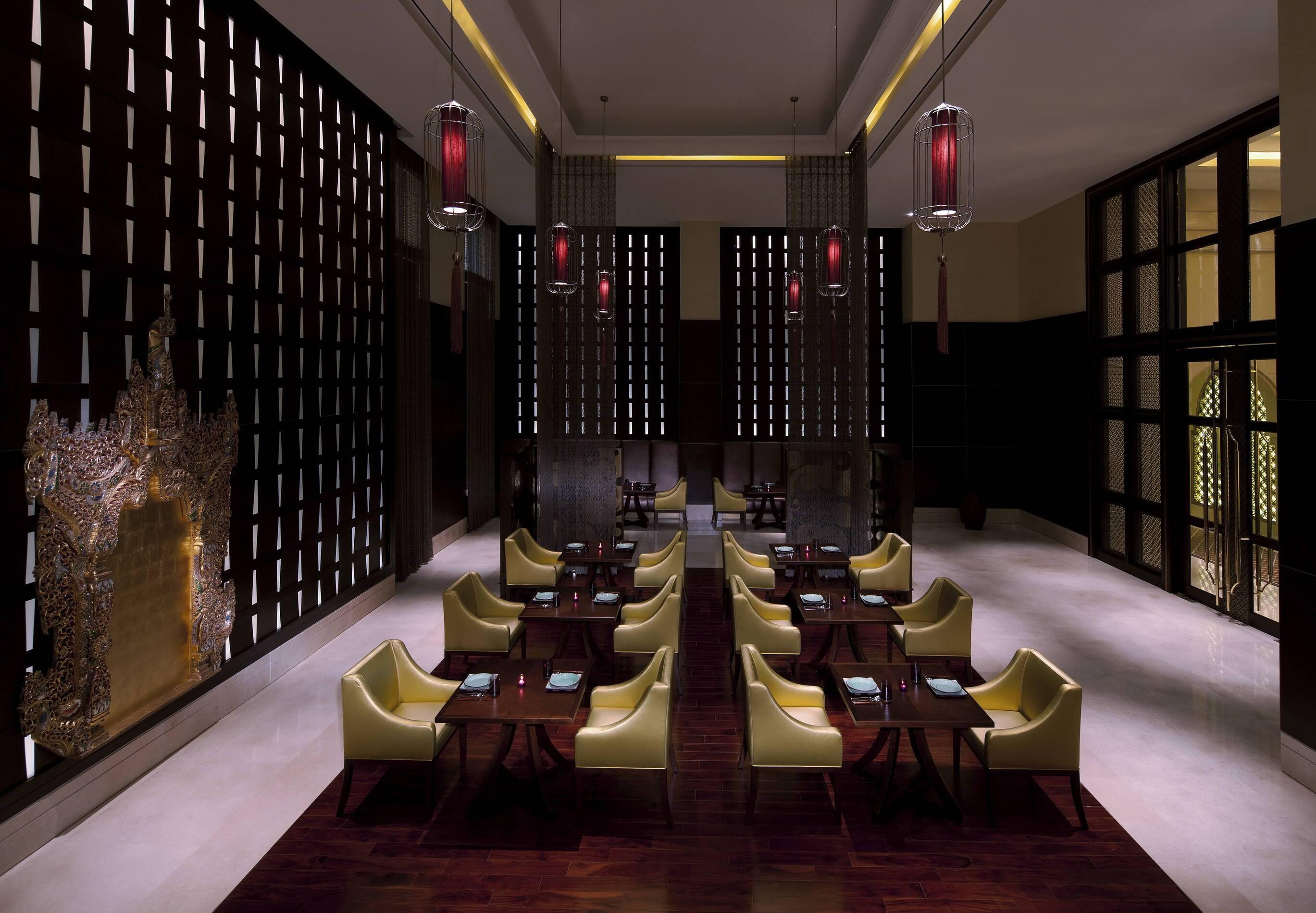 Anantara Eastern Mangroves Abu Dhabi restaurant pachaylen