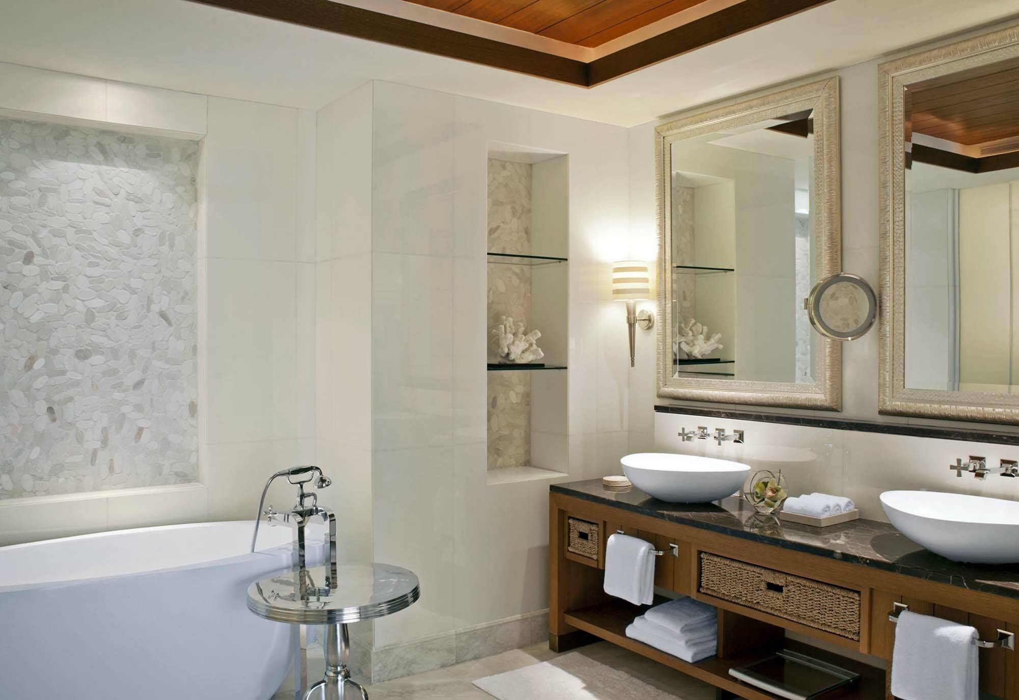 Saint Regis Saadiyat Abu Dhabi ocean suite salle de bain