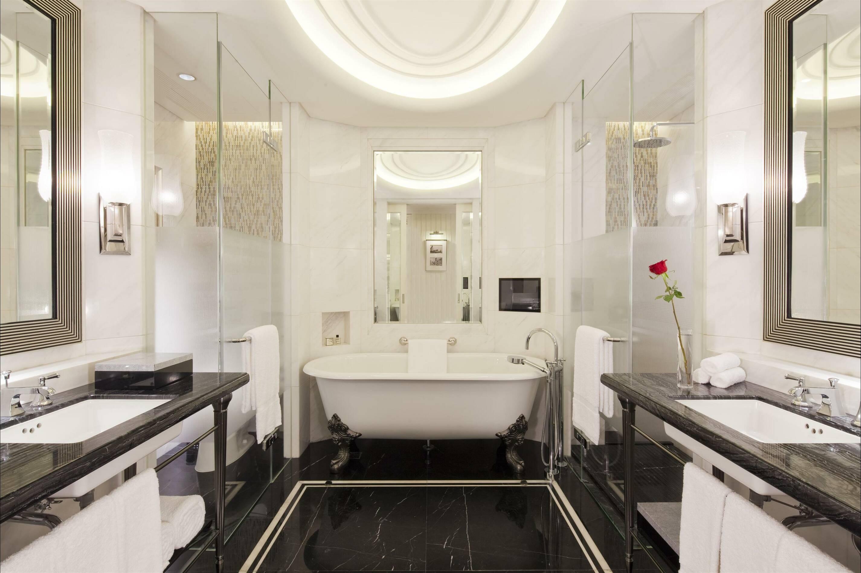 Fairmont Peace Hotel Shanghai guest room salle de bain