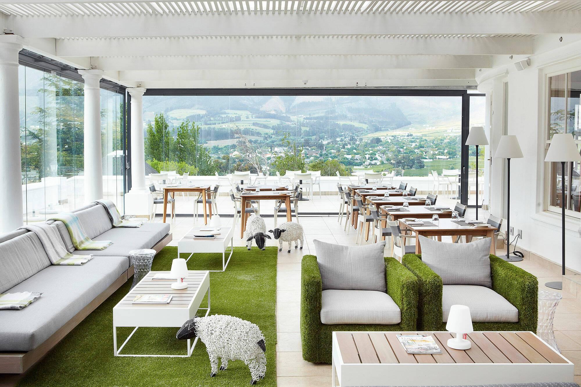 Virgin Mont Rochelle Afrique Sud Miko Restaurant