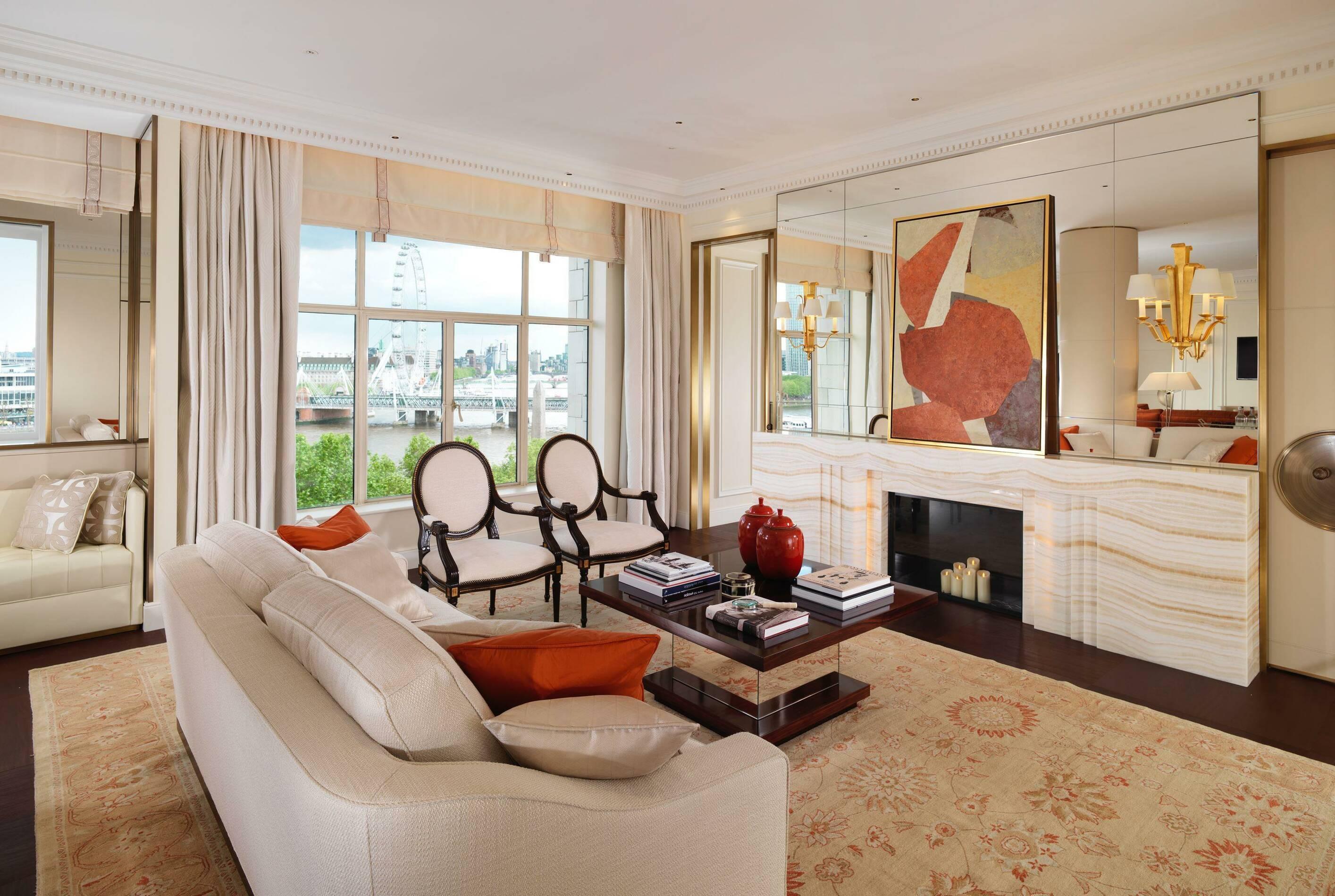 Fairmont Savoy Londres Suite Sitting Room