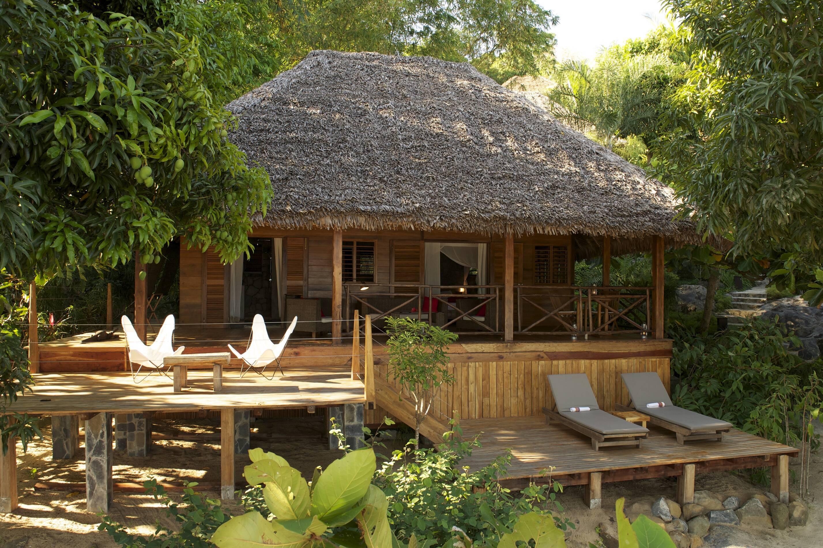 Tsara Komba Lodge Madagascar Lodge Beach