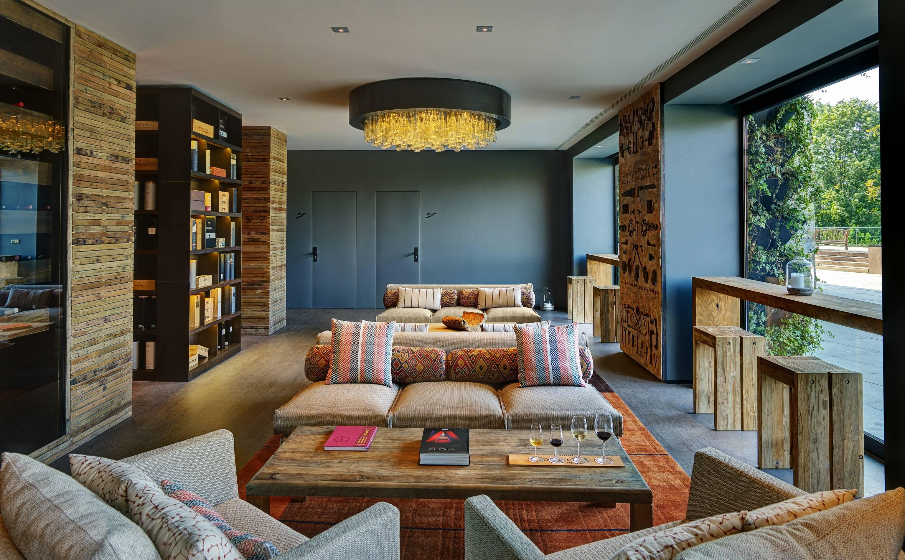 Six Senses Douro Valley Librairie