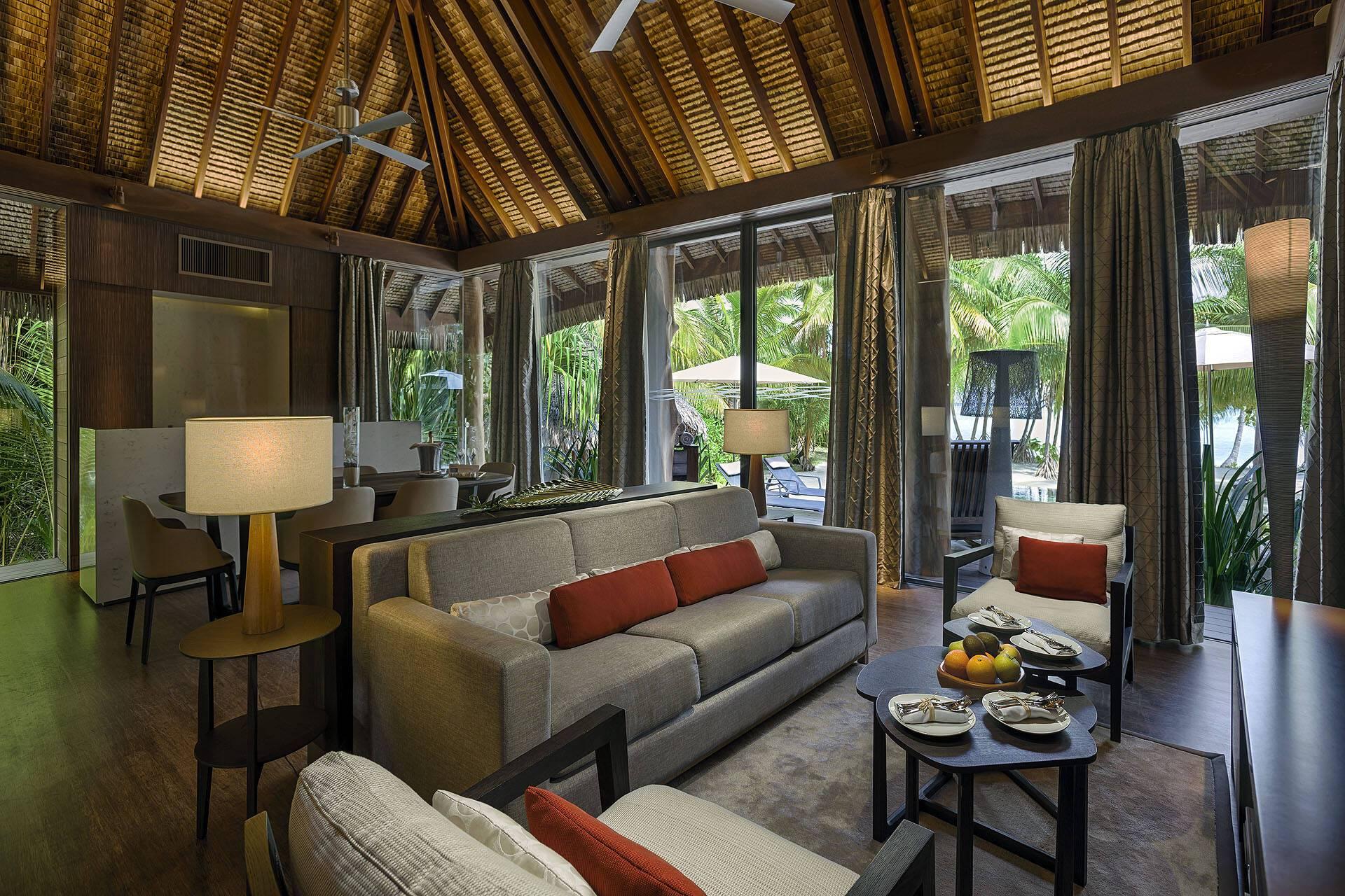 The Brando Polynesie Salon
