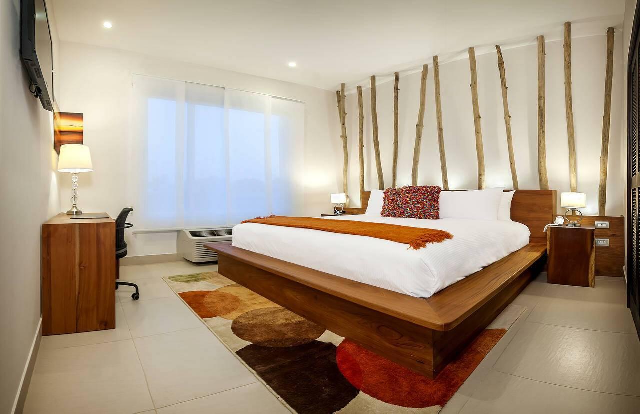 Nicaragua Hotel Elements Managua