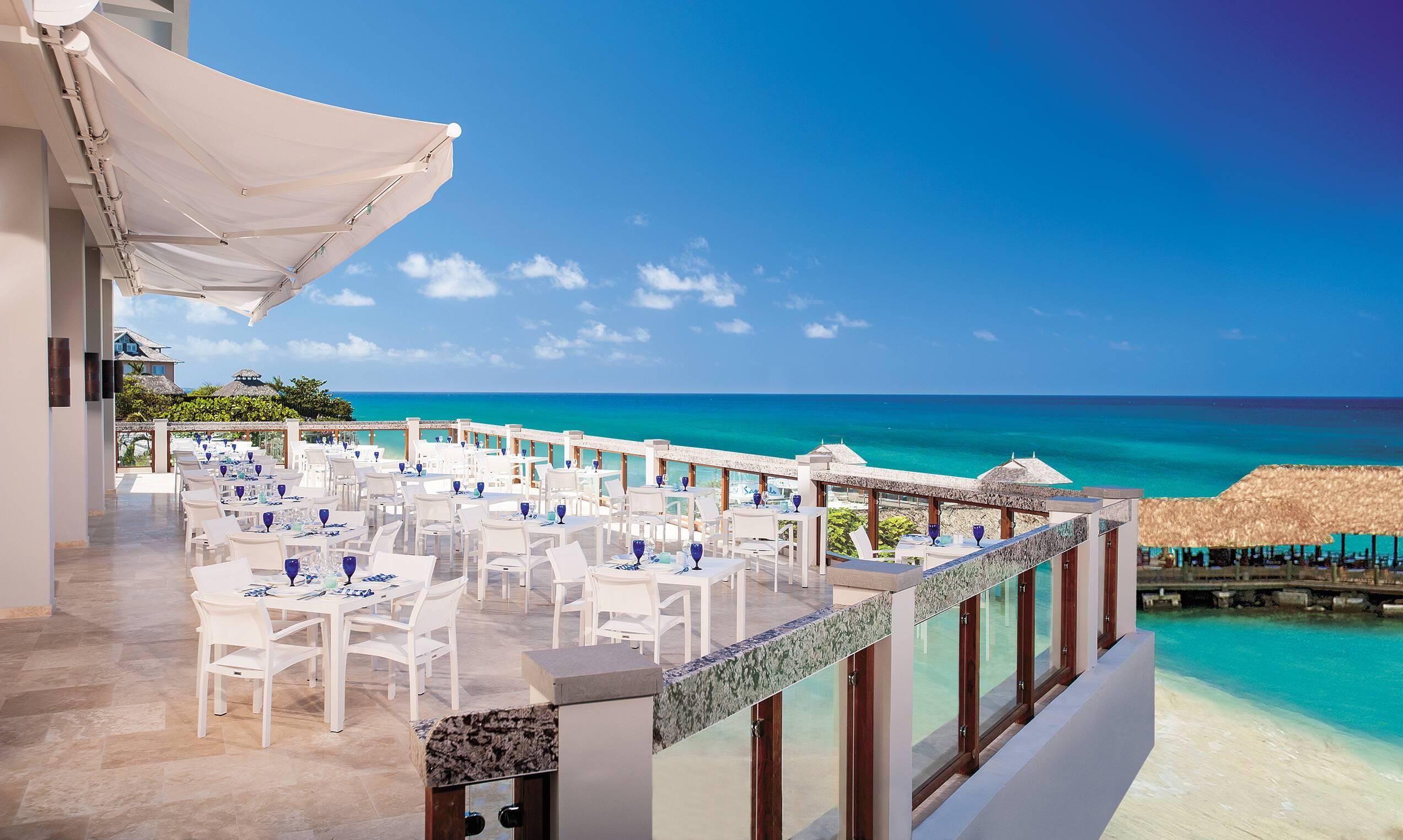 Sandals Ochi Beach Jamaique Restaurant Terrasse