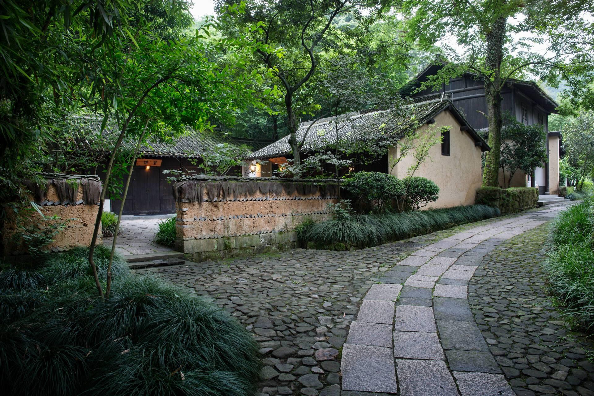 Amanfayun Hangzhou Deluxe Village suite