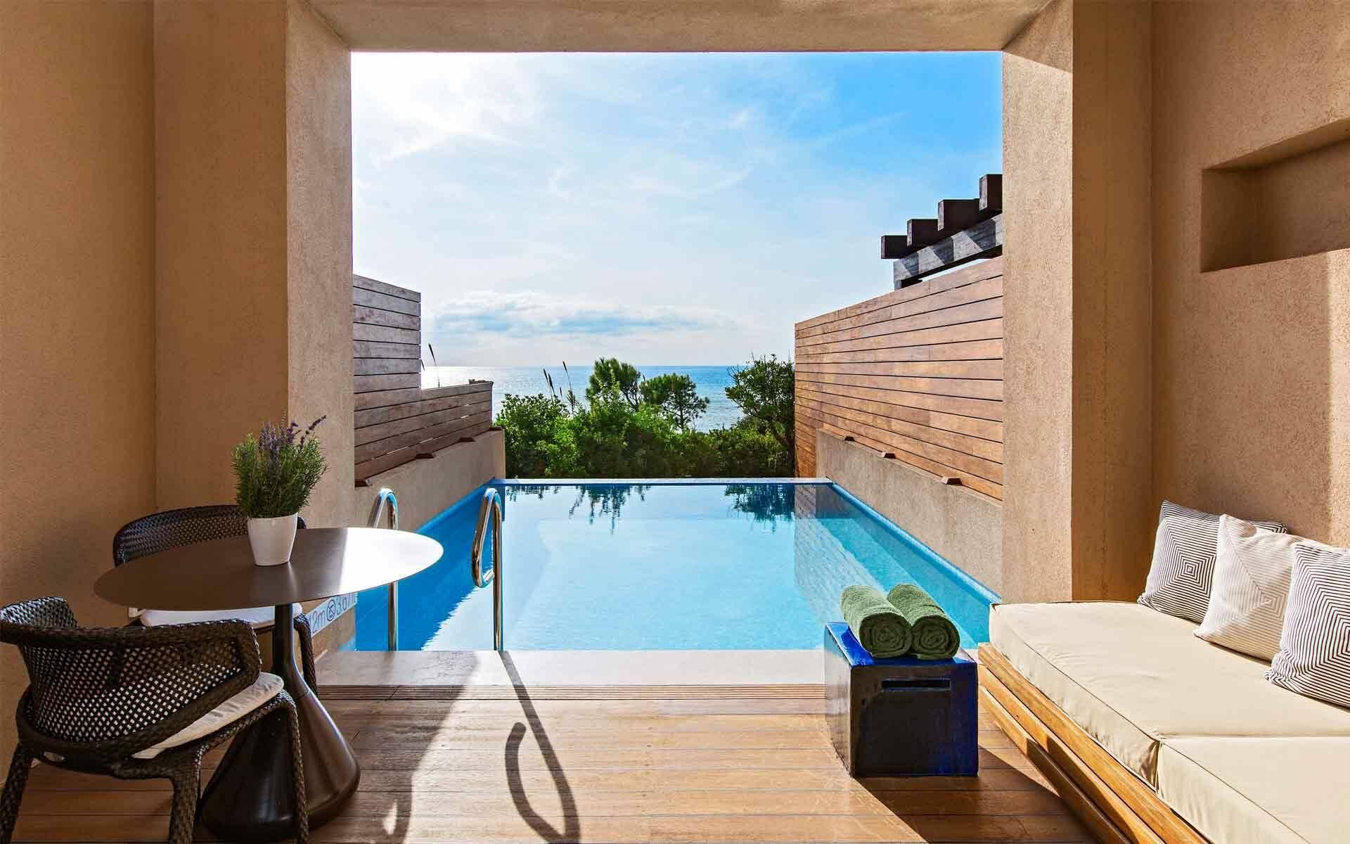 The Romanos Costa Navarino Chambre Premium Infinity Terrasse Grece