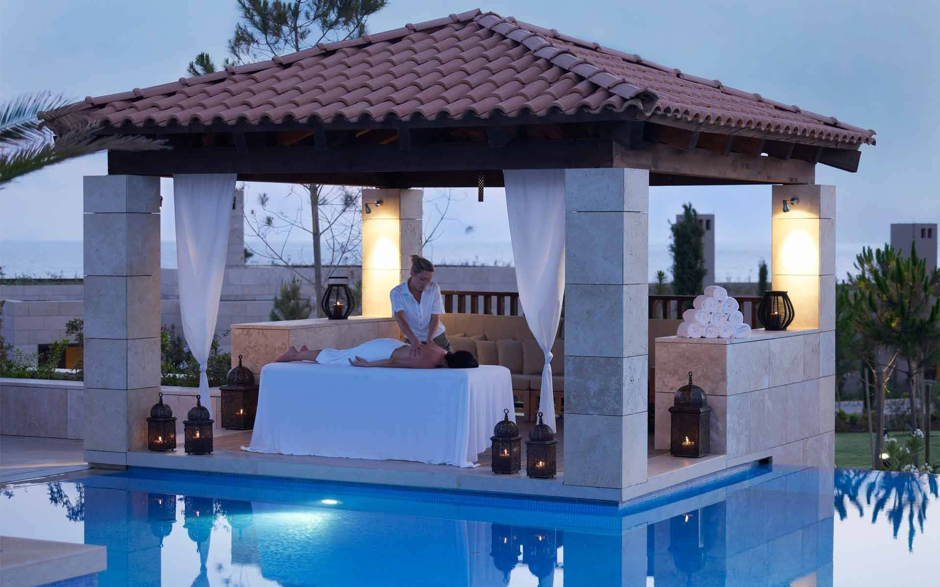 The Romanos Costa Navarino Spa Grece