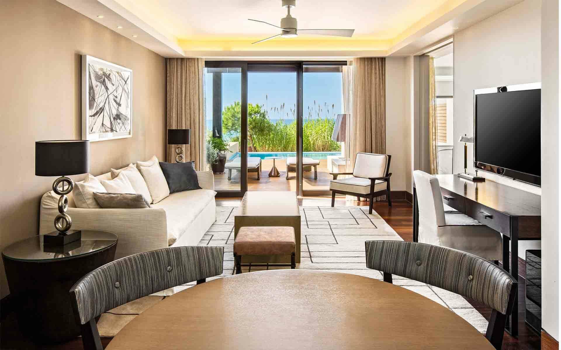 The Romanos Costa Navarino Suite Premium Grand Infinity Living Grece