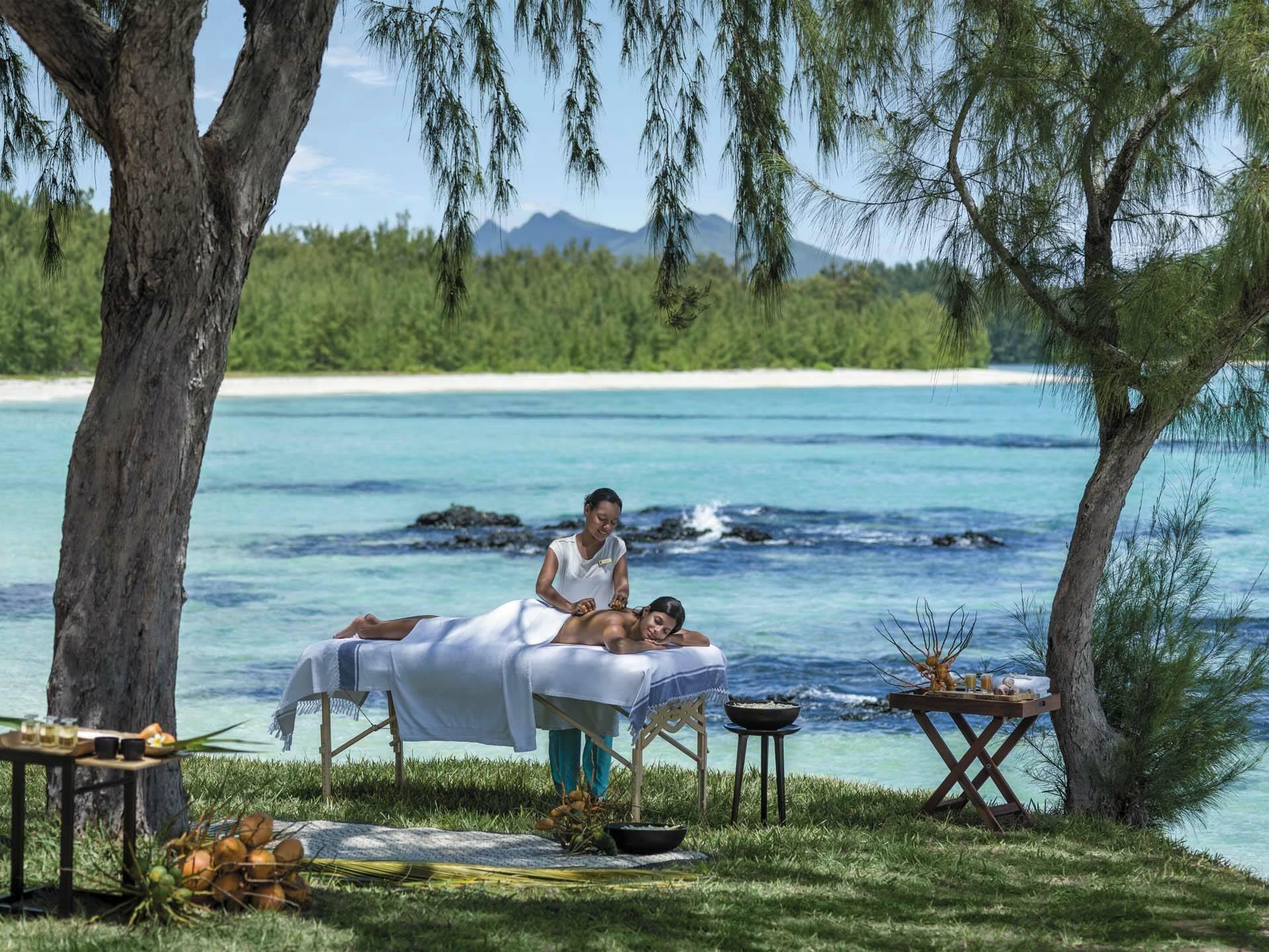 Shangri La Touessrok Maurice Massage