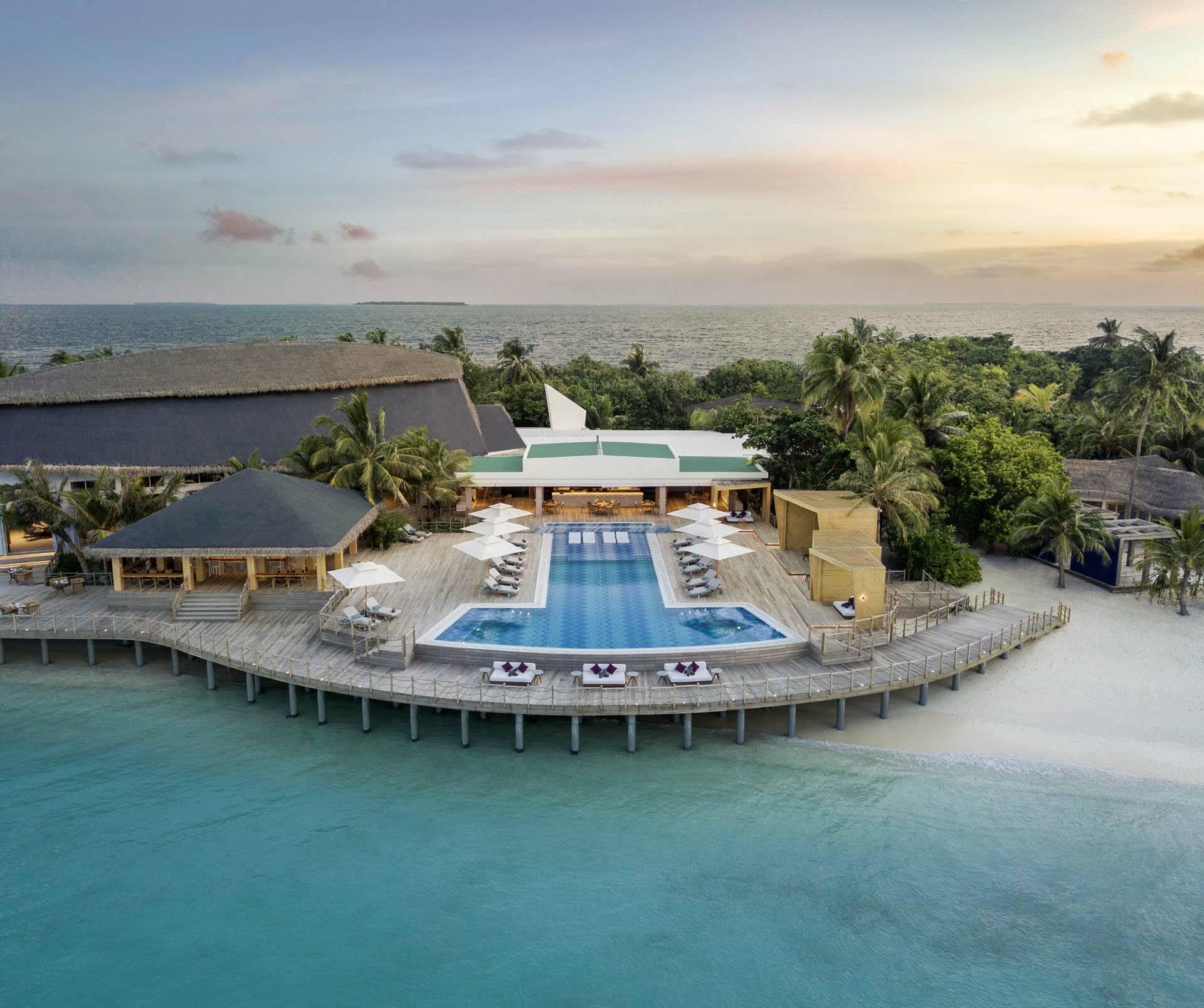 JW Marriott Maldives main pool