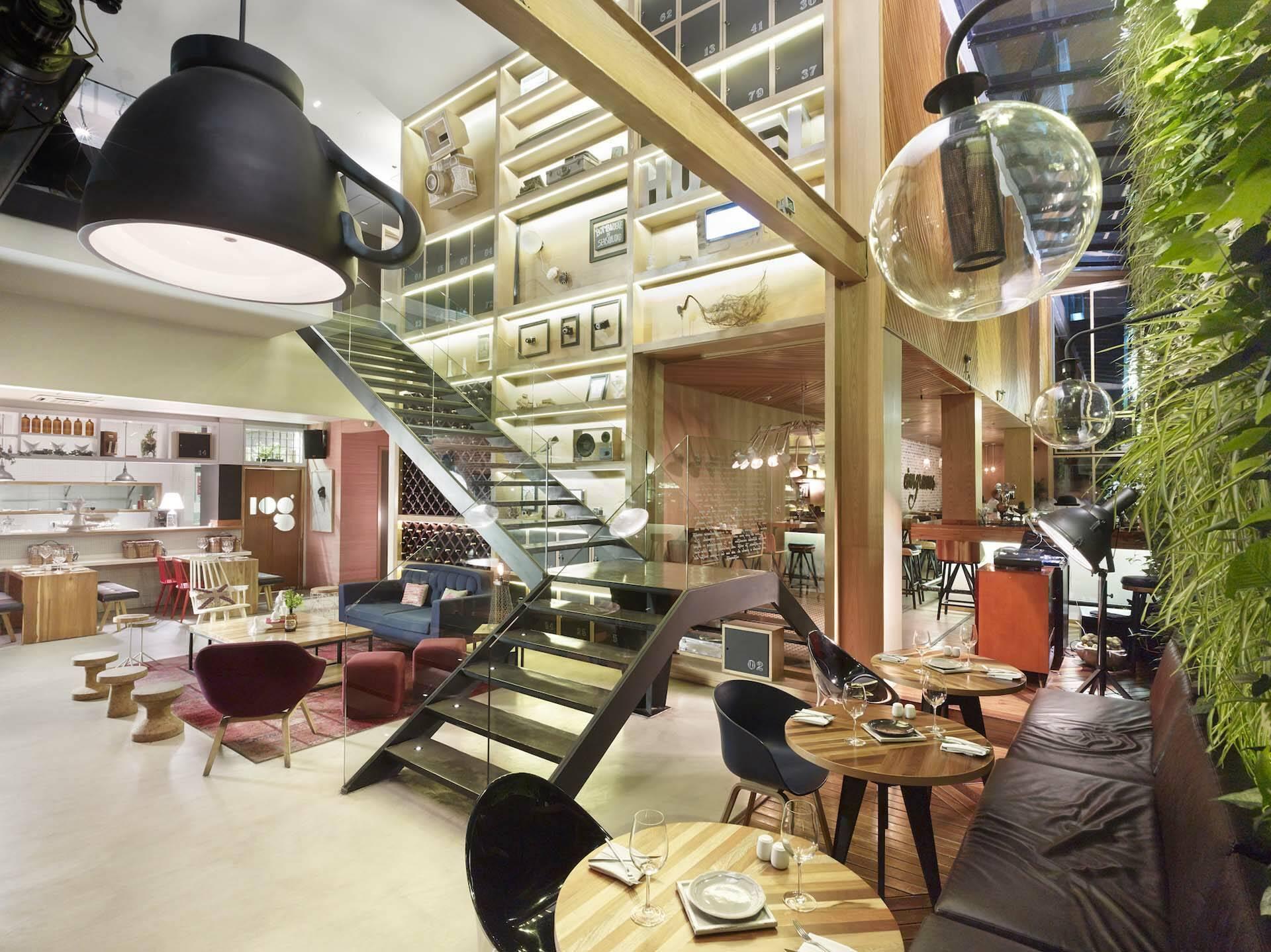 Click Clack Hotel Lobby Bogota Colombie