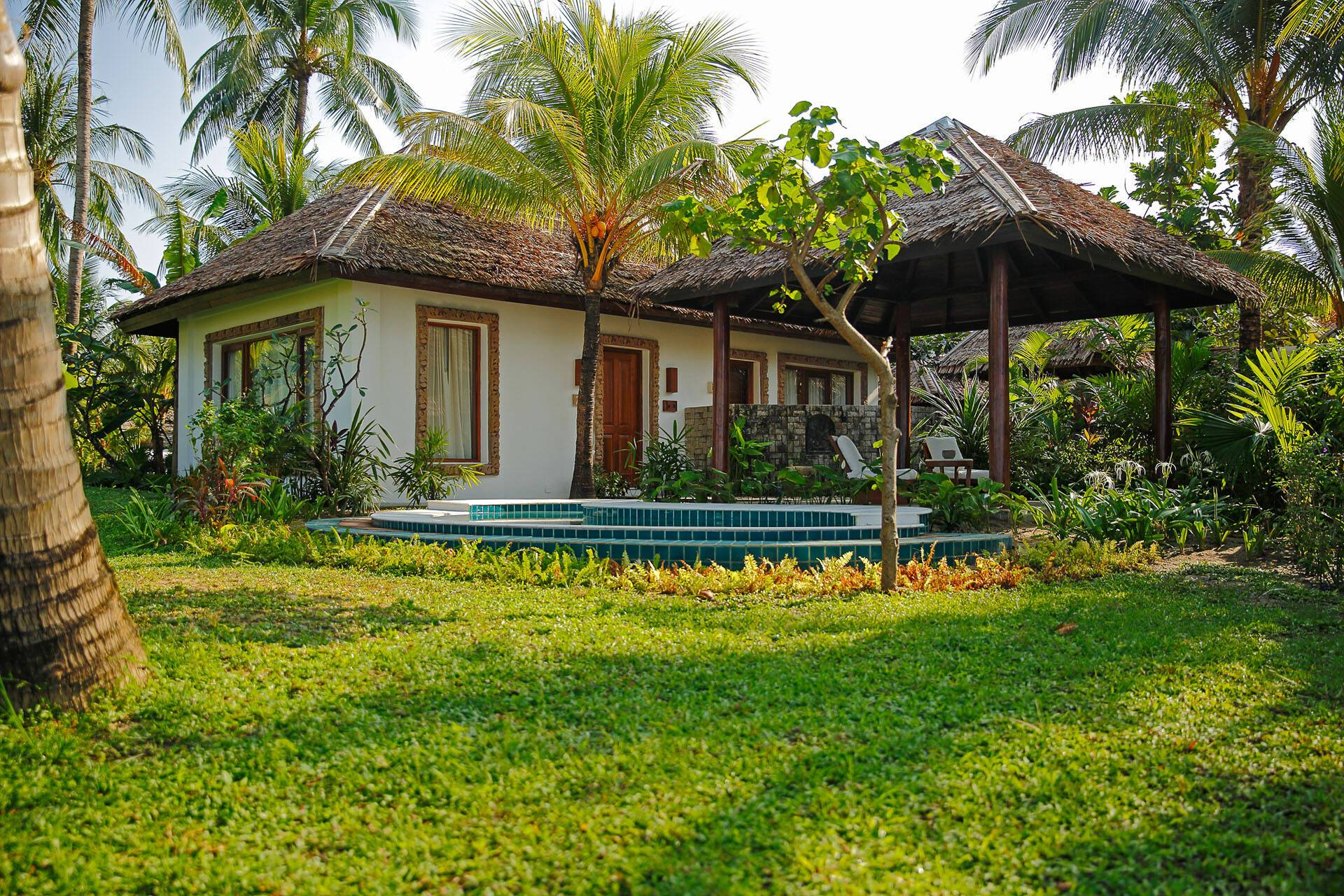 Circuit Myanmar Ngapali Bay Villa