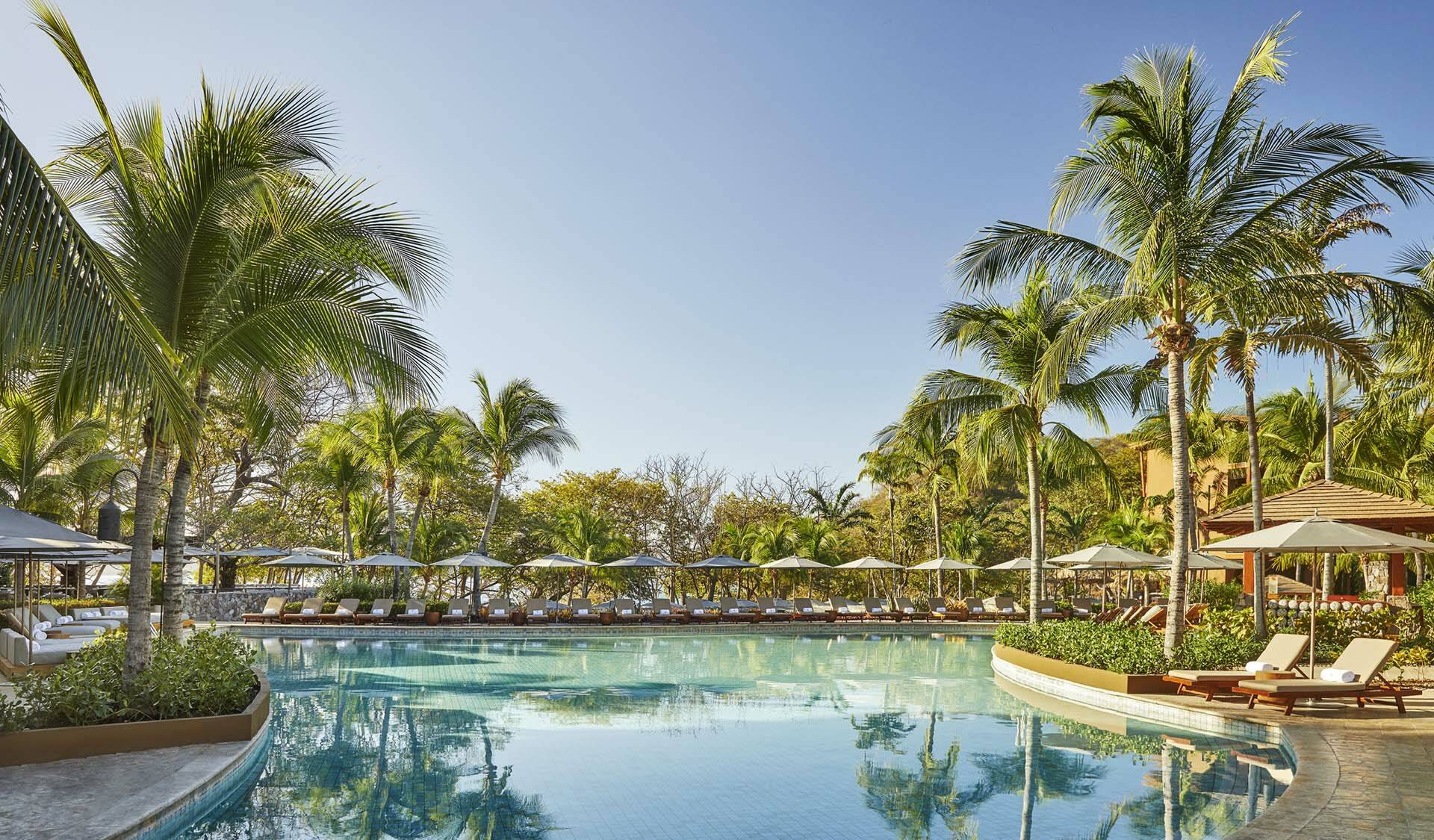 Costa Rica Four Seasons Papagayo pool