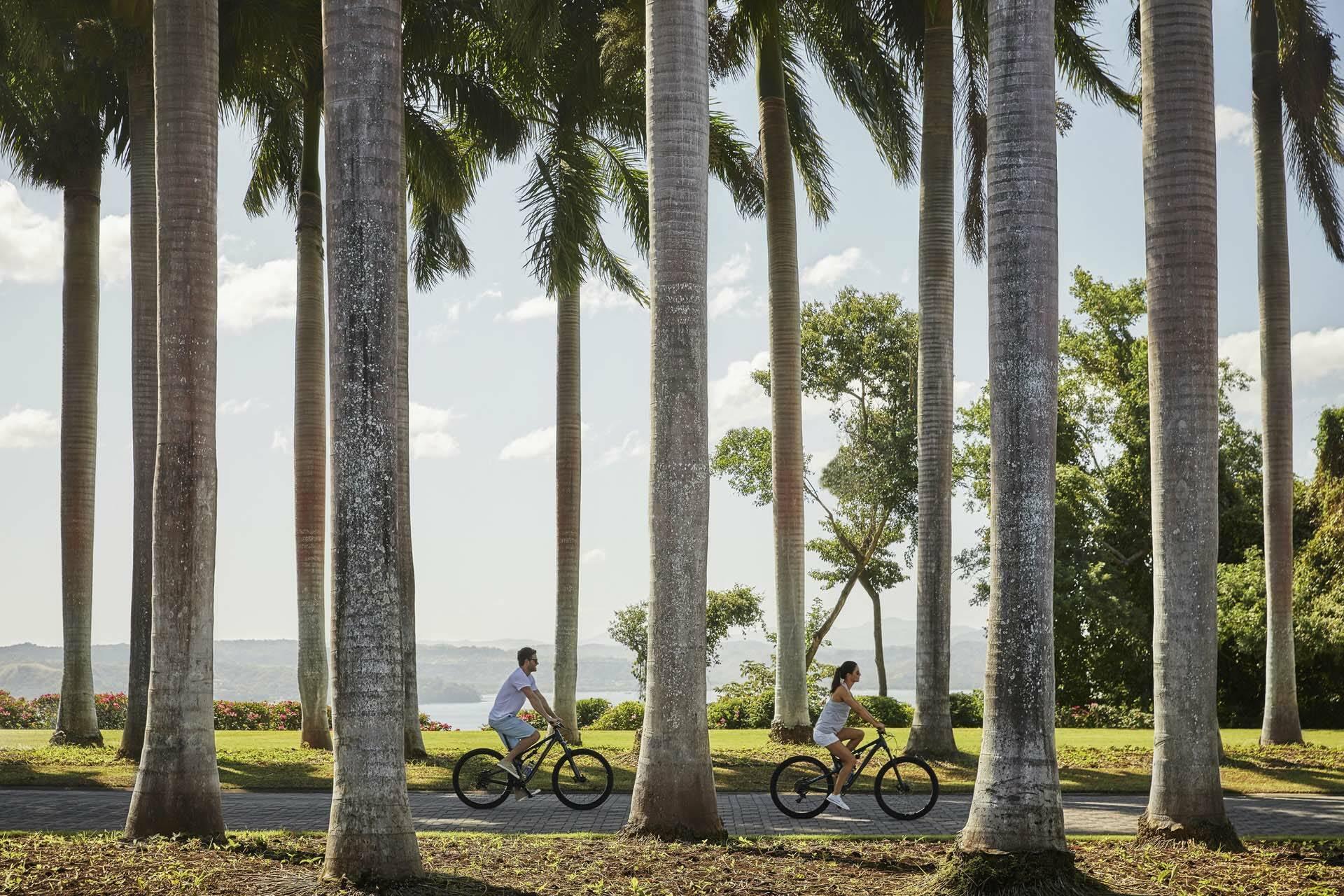 Costa Rica Four Seasons Papagayo promenade velo