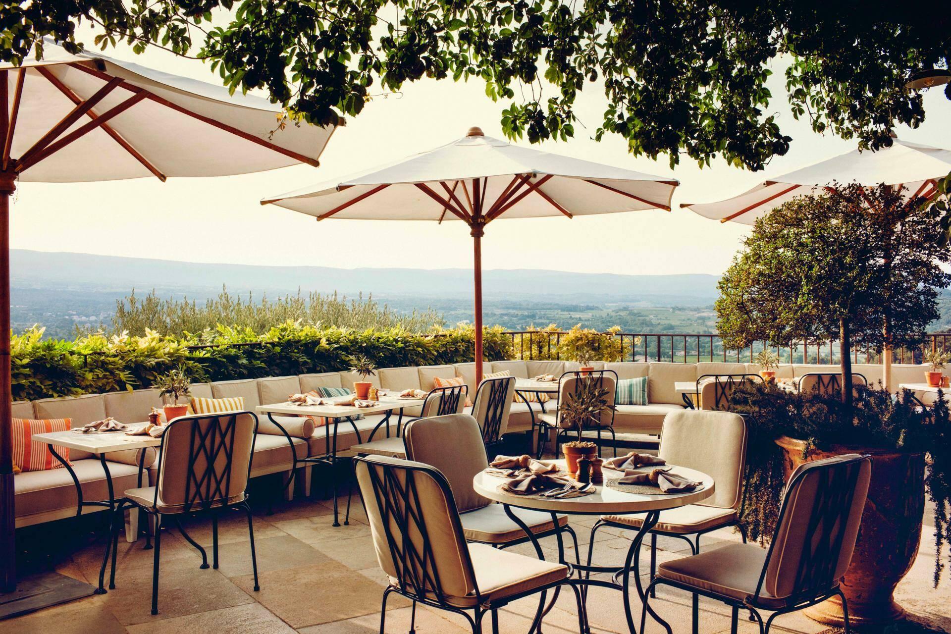 Hotel crillon le brave restaurant terrasse Provence Maisons Pariente