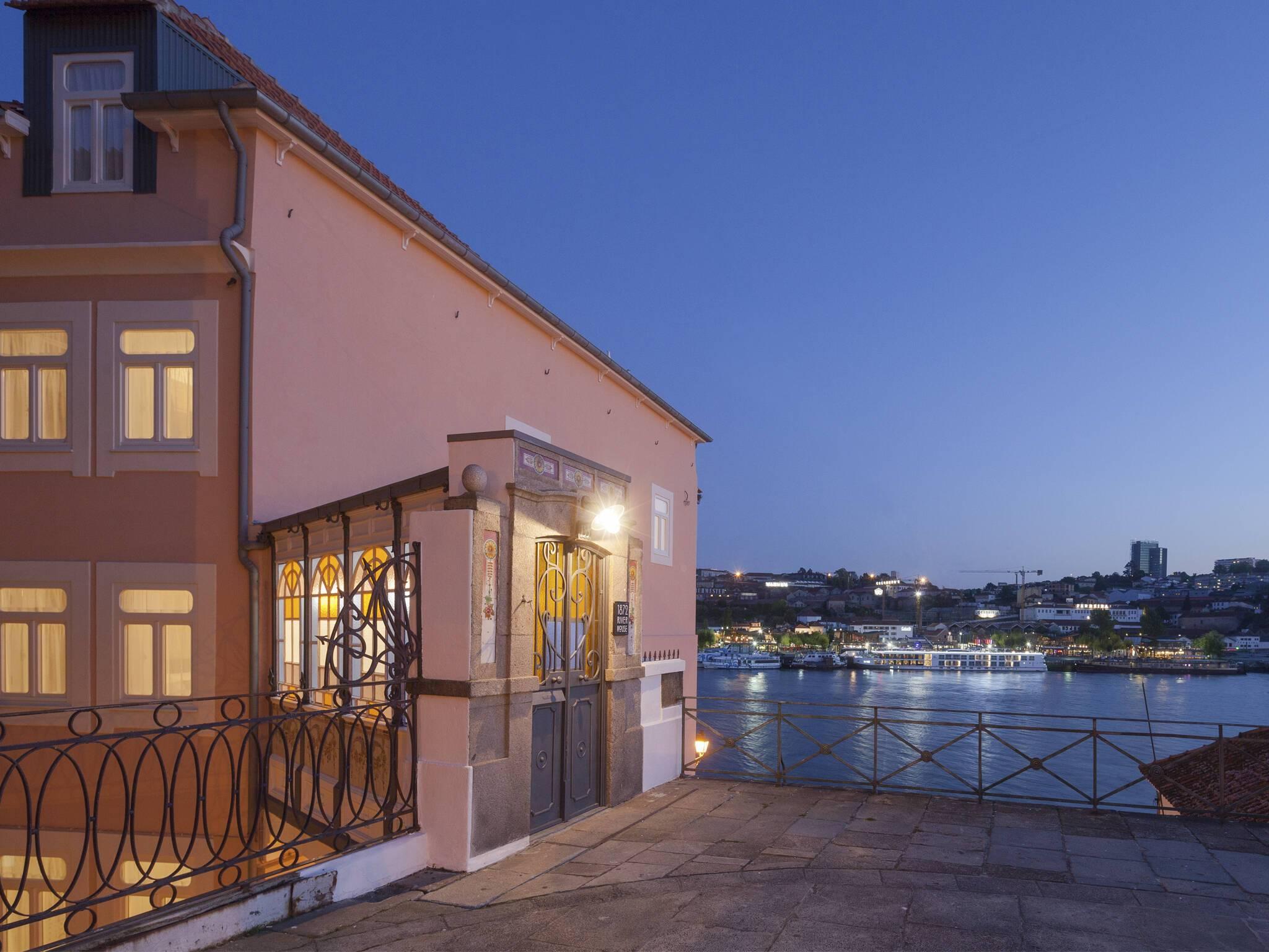 1872 River House Porto Terrasse