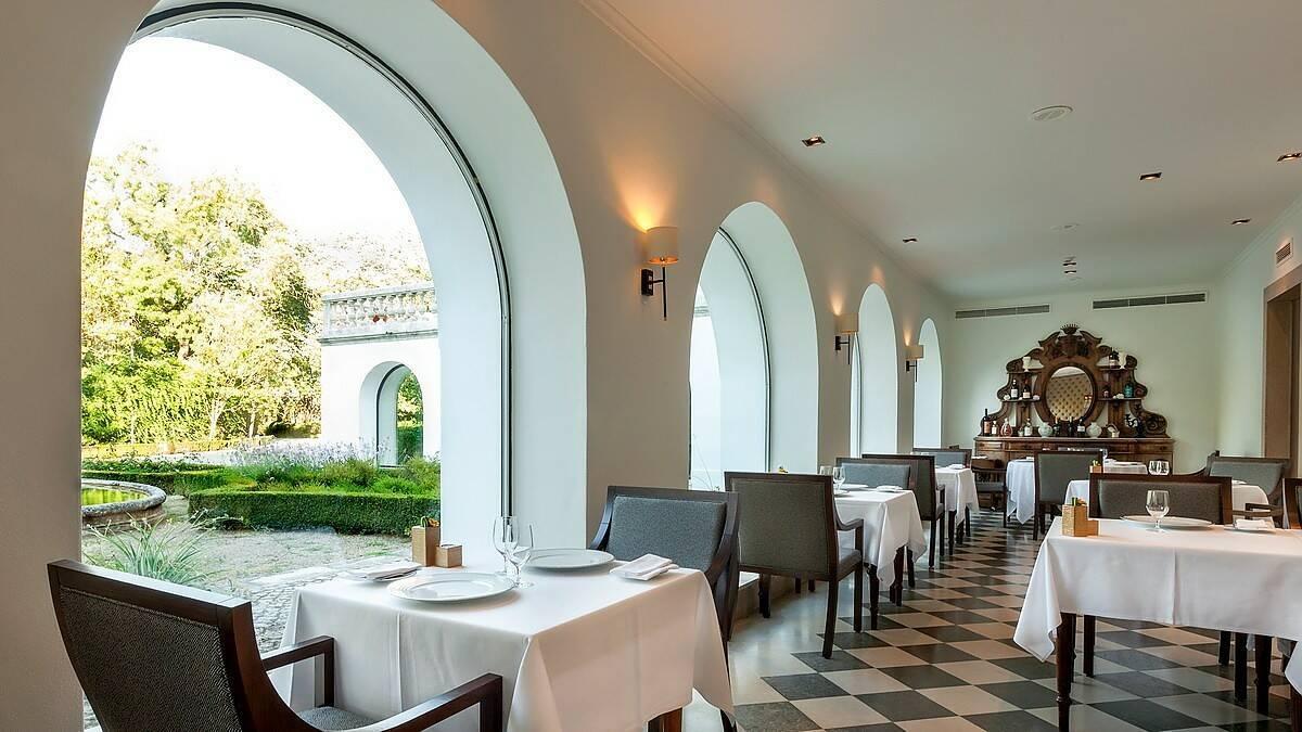 Quinta Lagrimas Palace Coimbra Portugal Restaurant:jpg