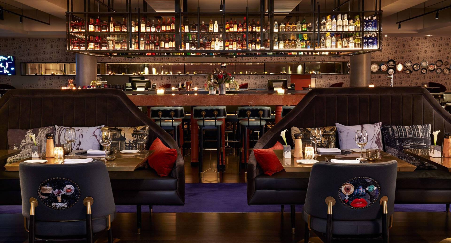 Melbourne QT Pascale into Bar