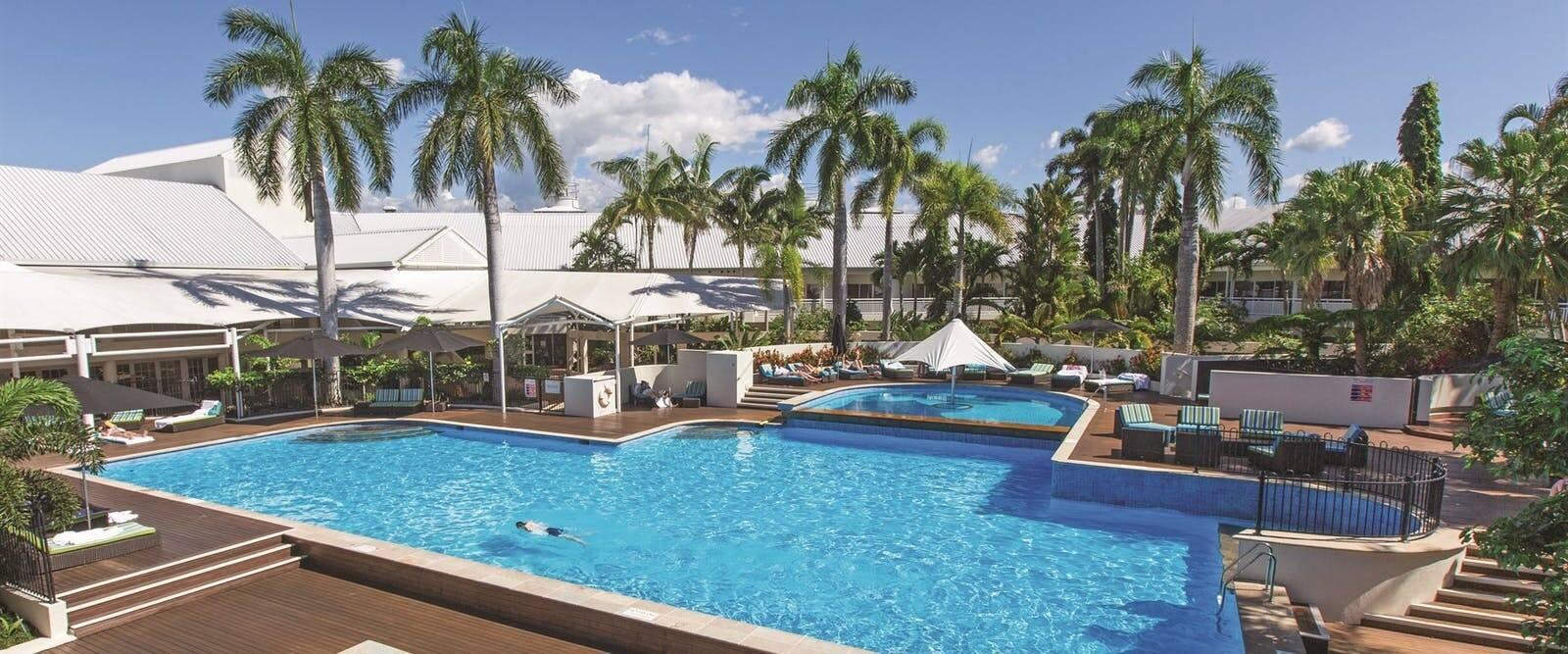 Shangri La Cairns Piscine