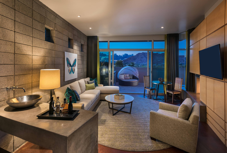 CamelBack Mountain Arizona Spa Suite Salon