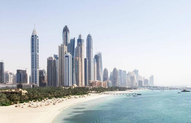 Dubaï et Abu Dhabi, deux identités singulières dans les Émirats