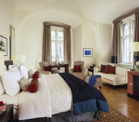 Mandarin Oriental Junior Suite Prague