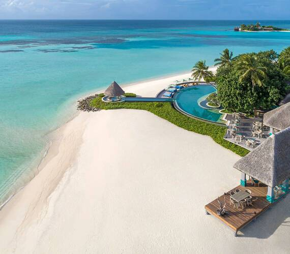 Four Seasons Kuda Huraa Maldives Plage